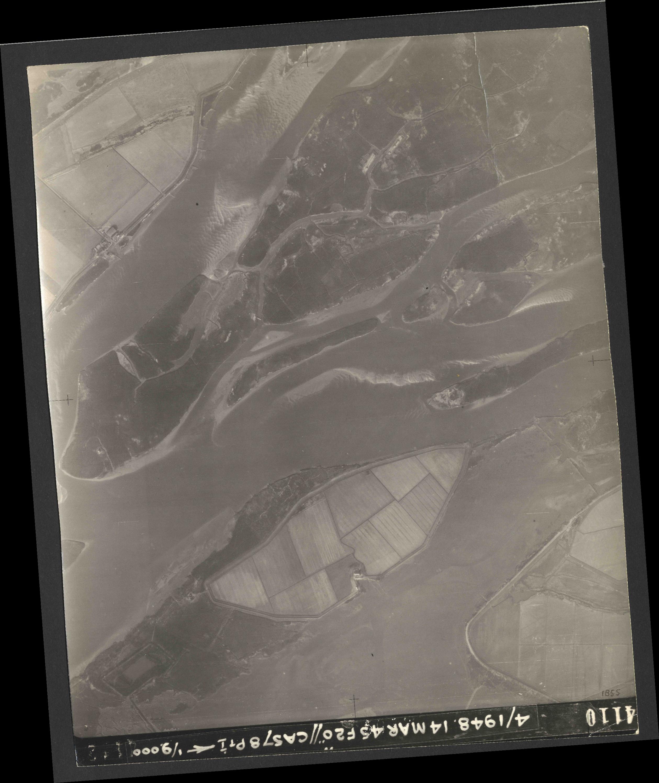 Collection RAF aerial photos 1940-1945 - flight 095, run 06, photo 4110