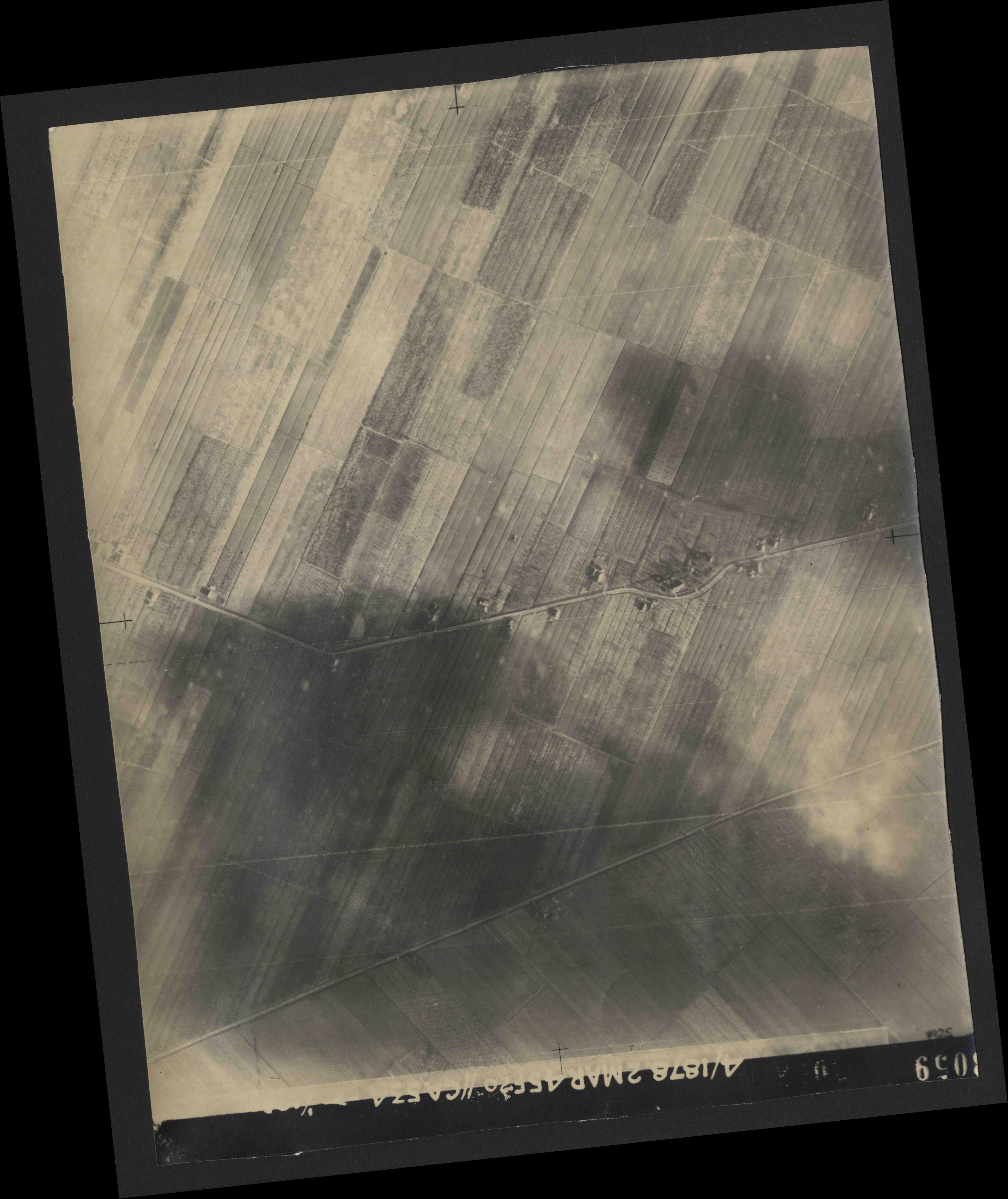 Collection RAF aerial photos 1940-1945 - flight 102, run 10, photo 3059