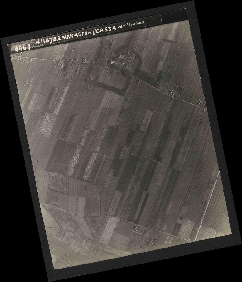 Collection RAF aerial photos 1940-1945 - flight 102, run 12, photo 4064