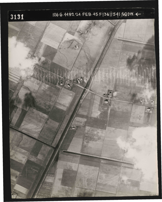 Collection RAF aerial photos 1940-1945 - flight 112, run 11, photo 3131