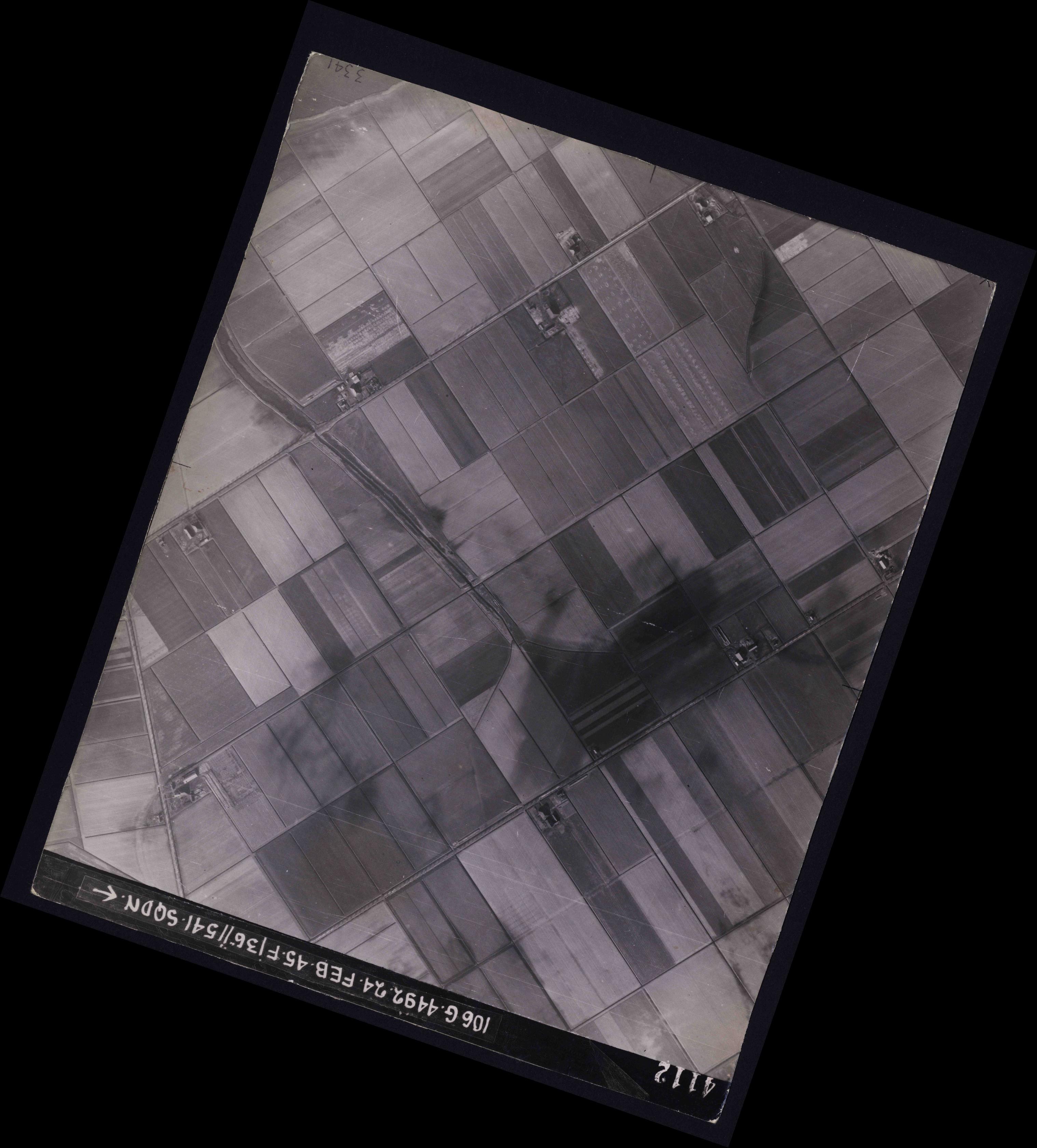 Collection RAF aerial photos 1940-1945 - flight 112, run 12, photo 4112