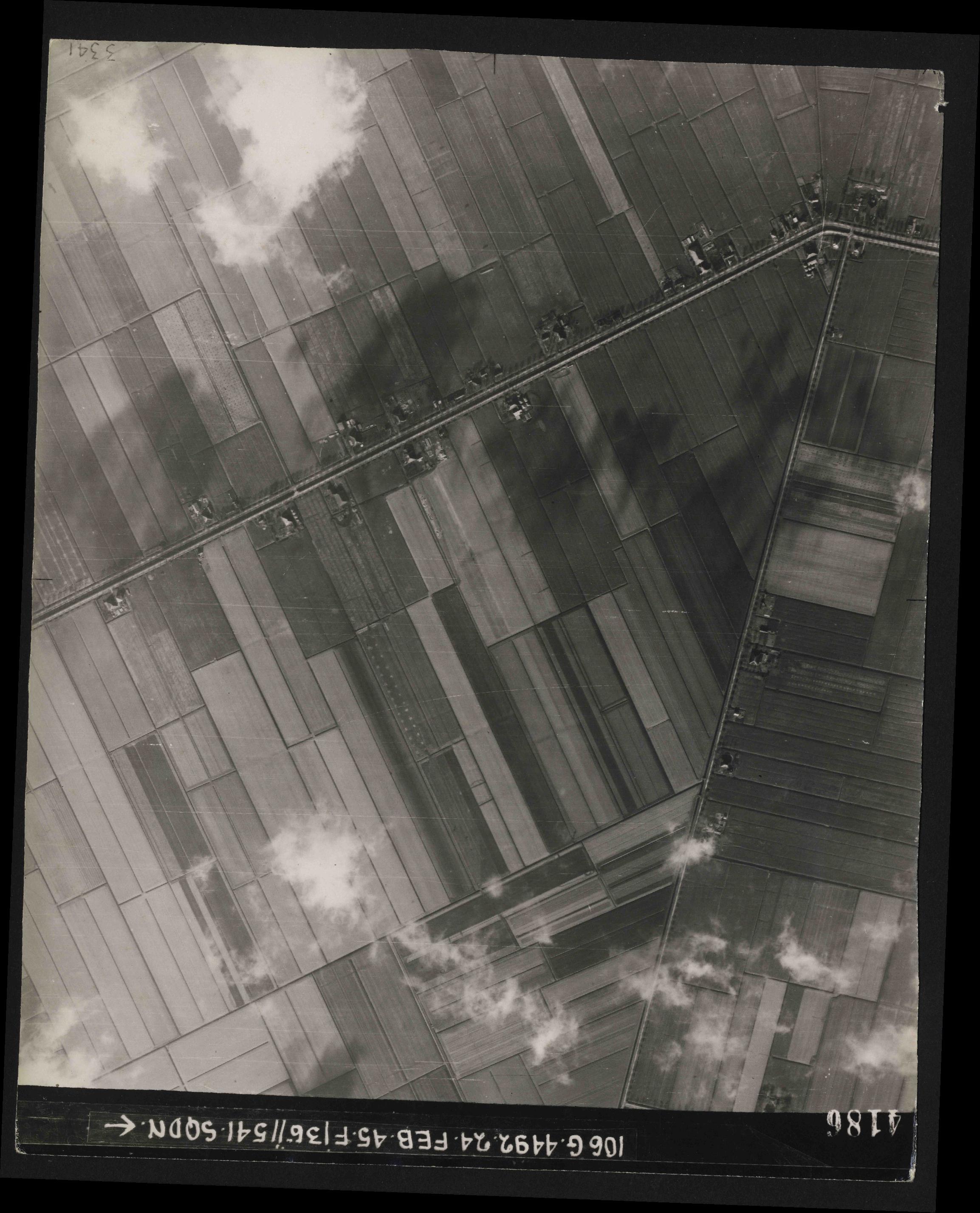 Collection RAF aerial photos 1940-1945 - flight 112, run 14, photo 4186