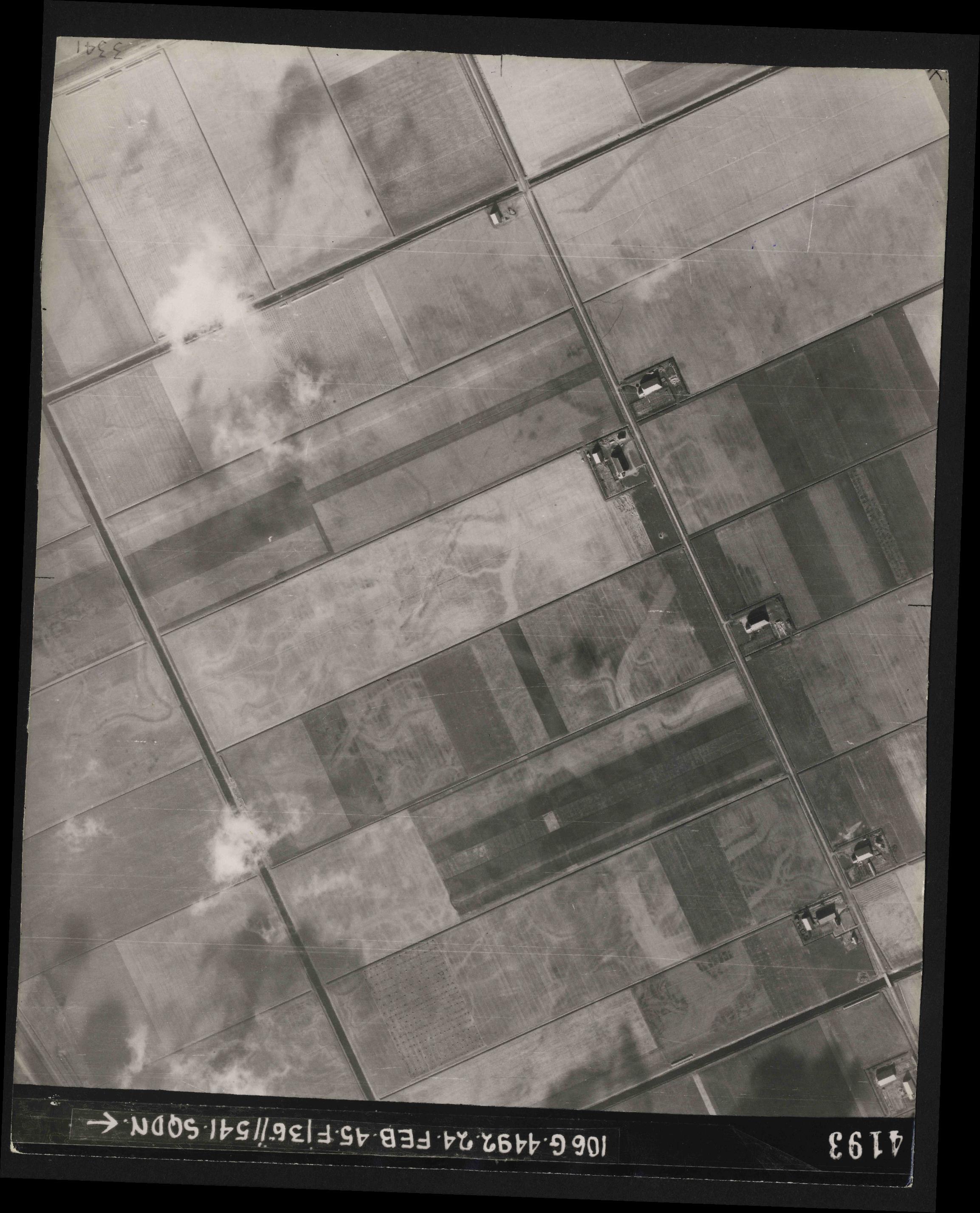 Collection RAF aerial photos 1940-1945 - flight 112, run 14, photo 4193