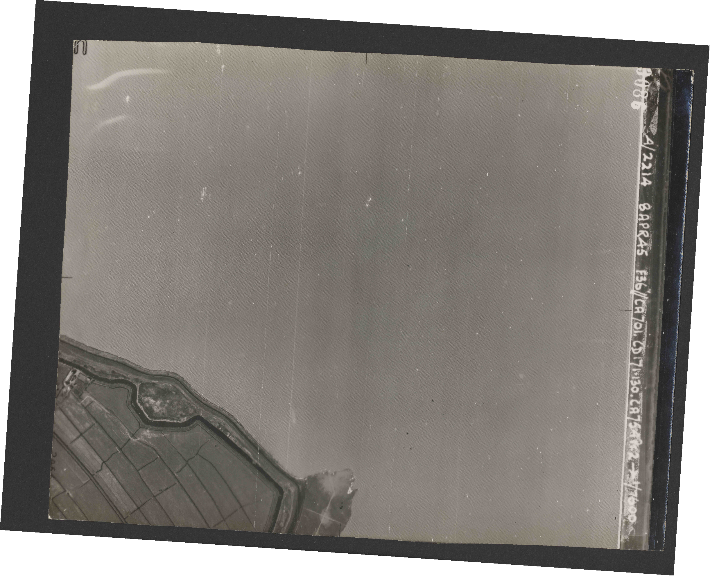 Collection RAF aerial photos 1940-1945 - flight 123, run 04, photo 3086