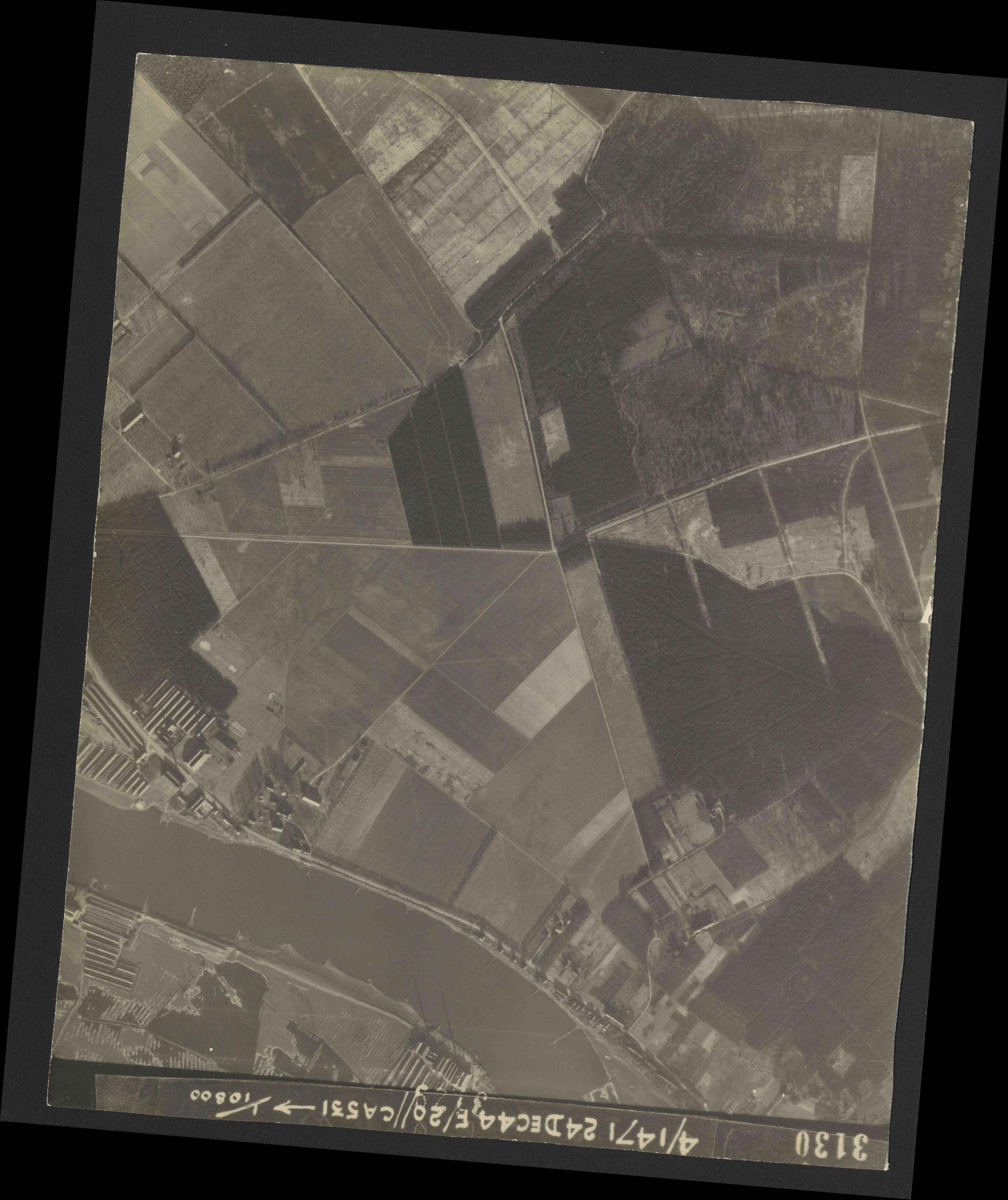Collection RAF aerial photos 1940-1945 - flight 125, run 05, photo 3130