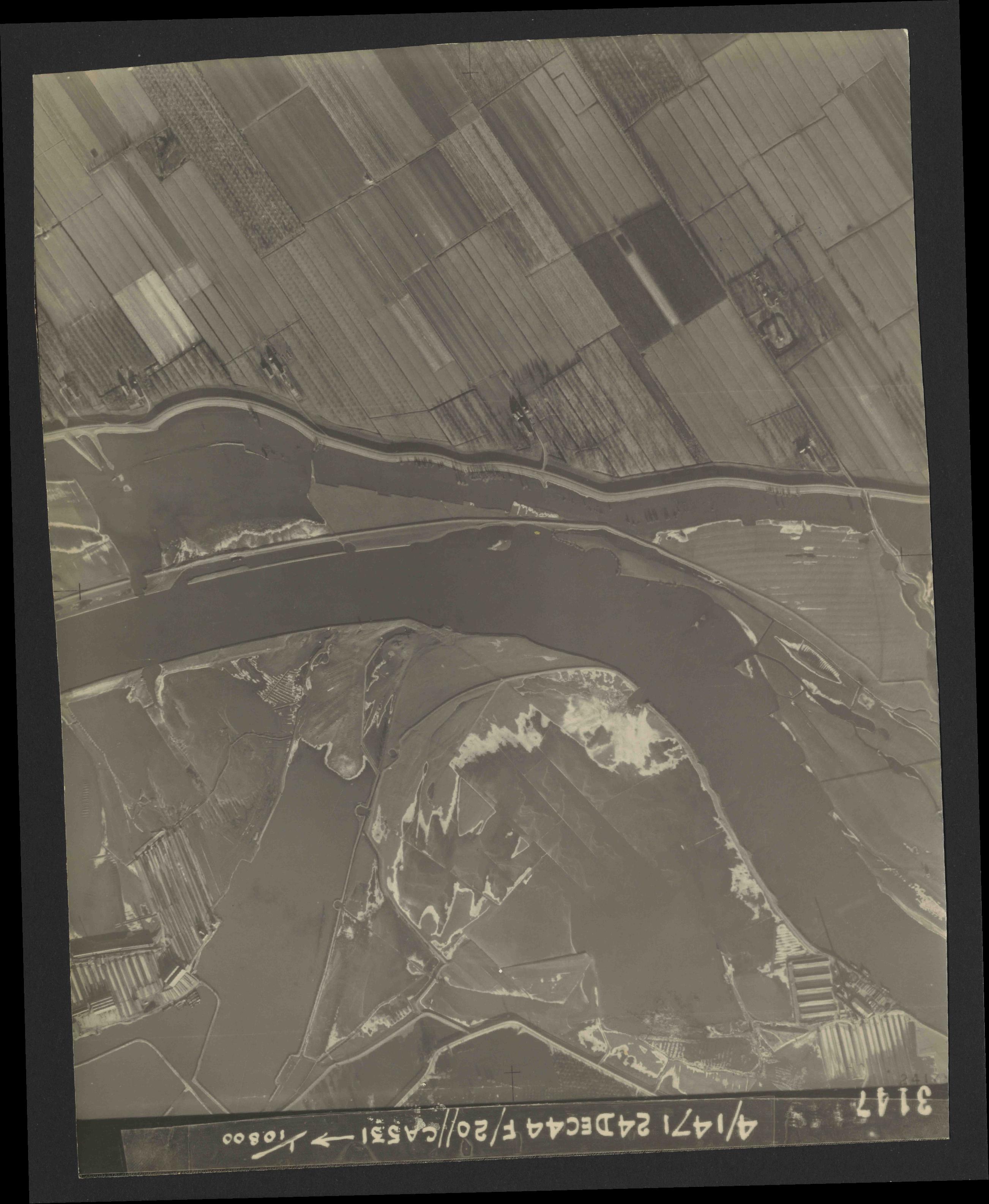 Collection RAF aerial photos 1940-1945 - flight 125, run 05, photo 3147