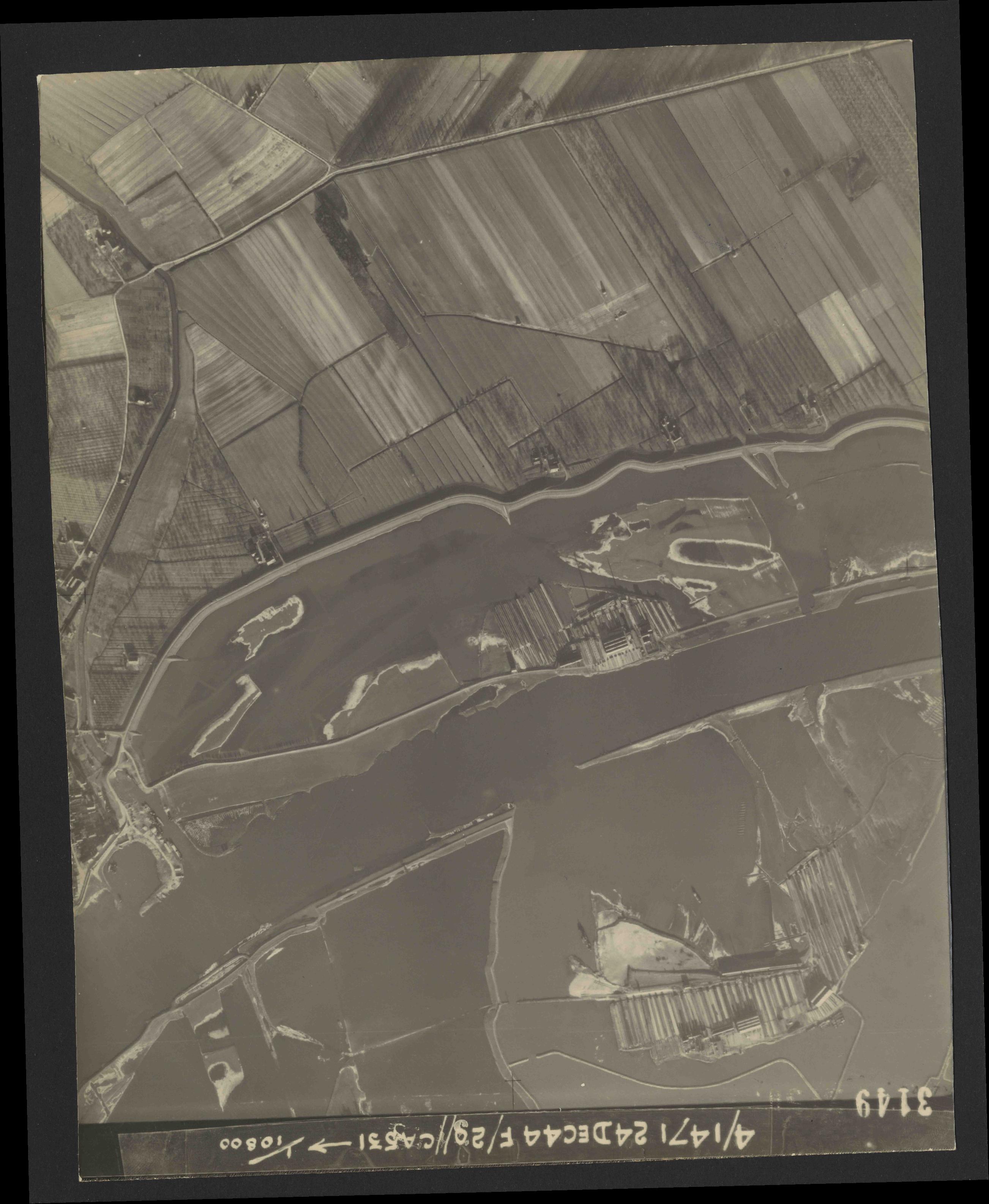 Collection RAF aerial photos 1940-1945 - flight 125, run 05, photo 3149