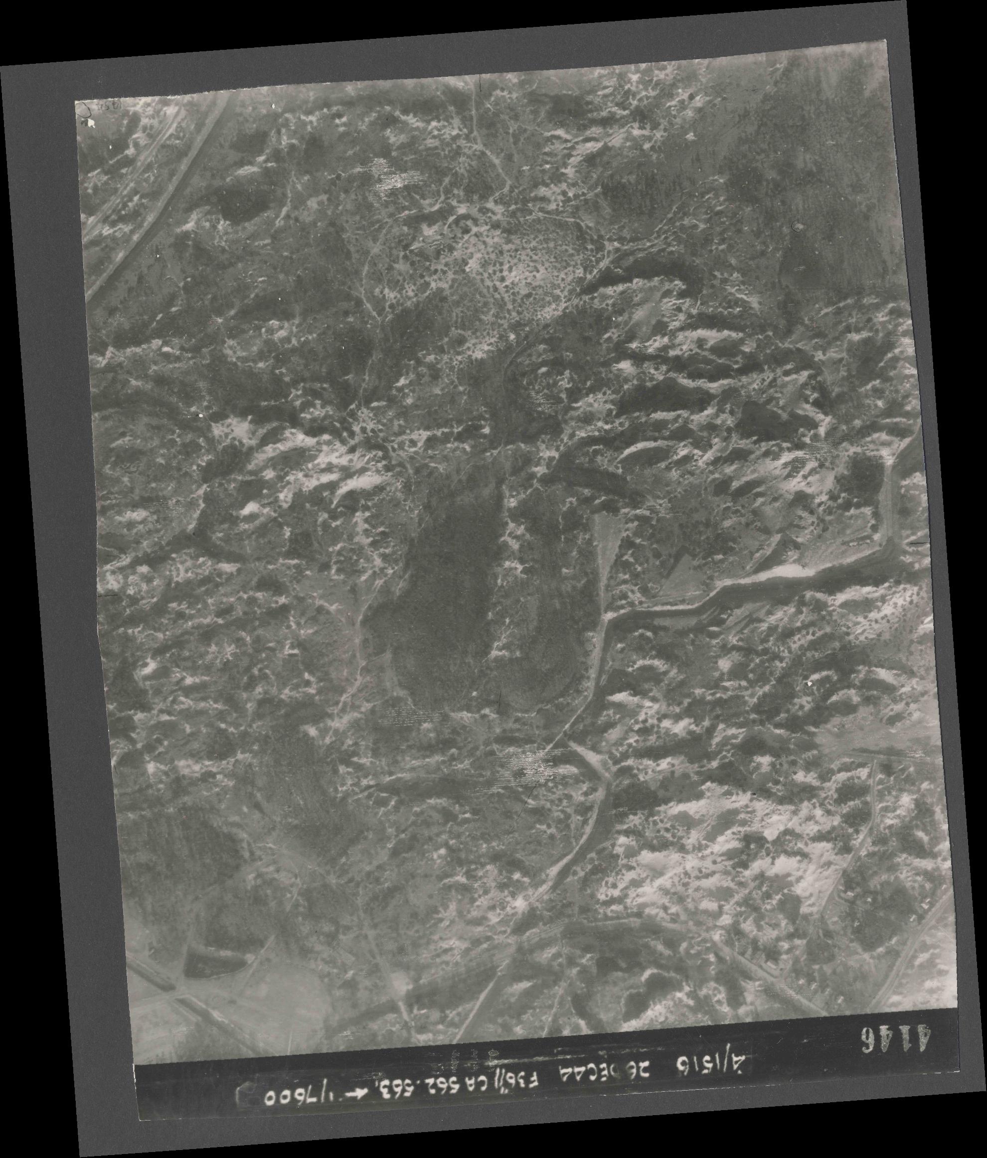 Collection RAF aerial photos 1940-1945 - flight 152, run 06, photo 4146