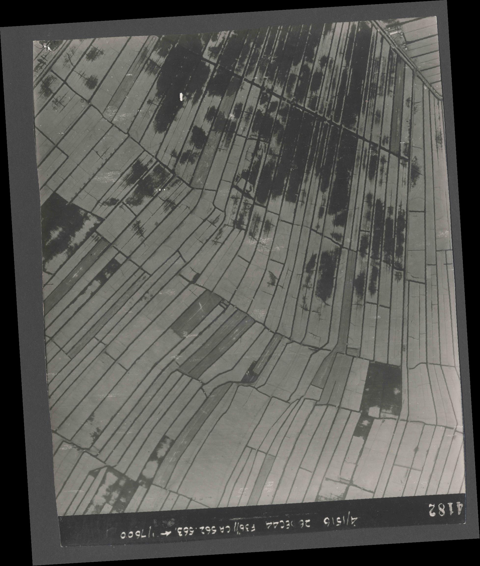 Collection RAF aerial photos 1940-1945 - flight 152, run 06, photo 4182