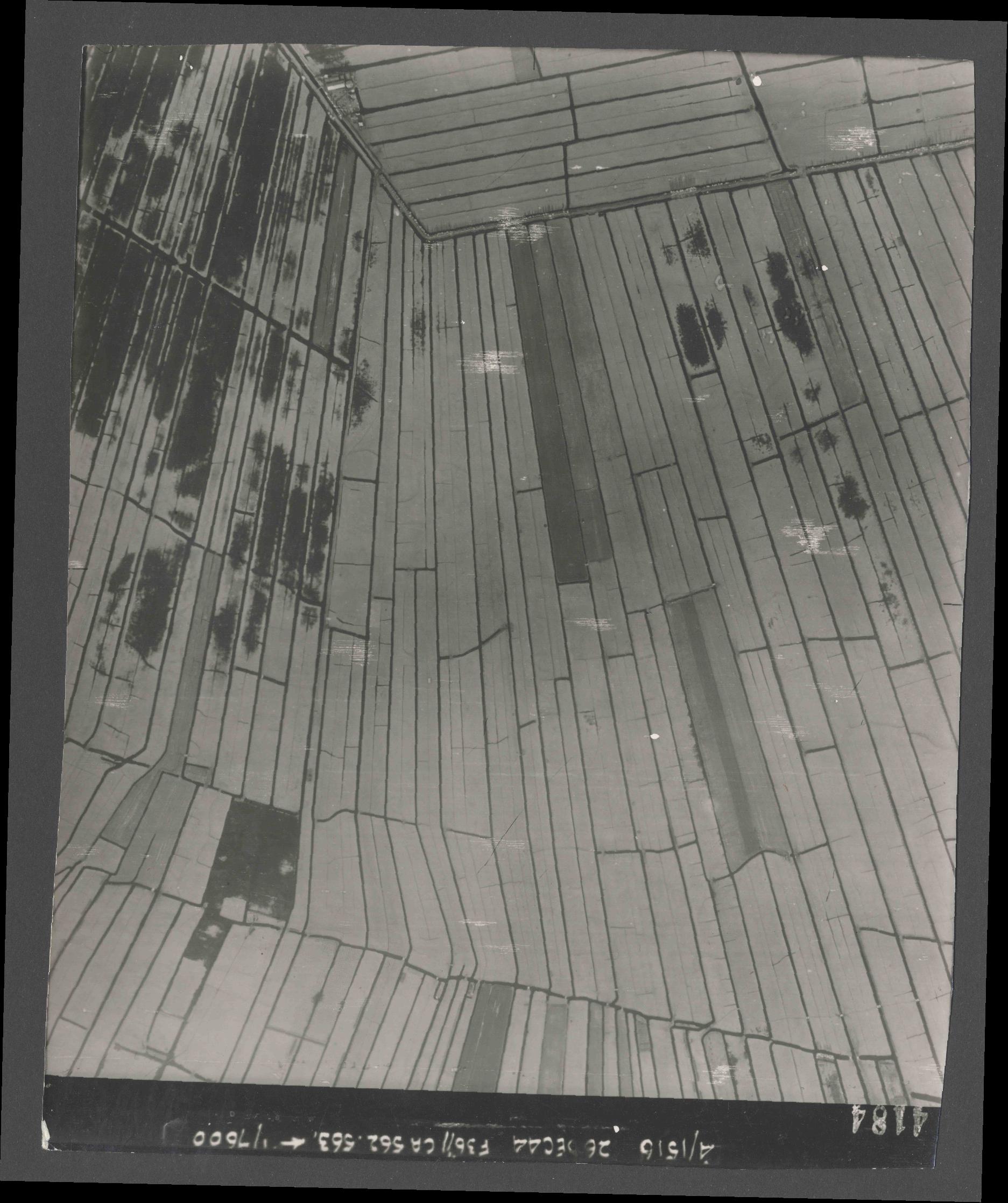 Collection RAF aerial photos 1940-1945 - flight 152, run 06, photo 4184