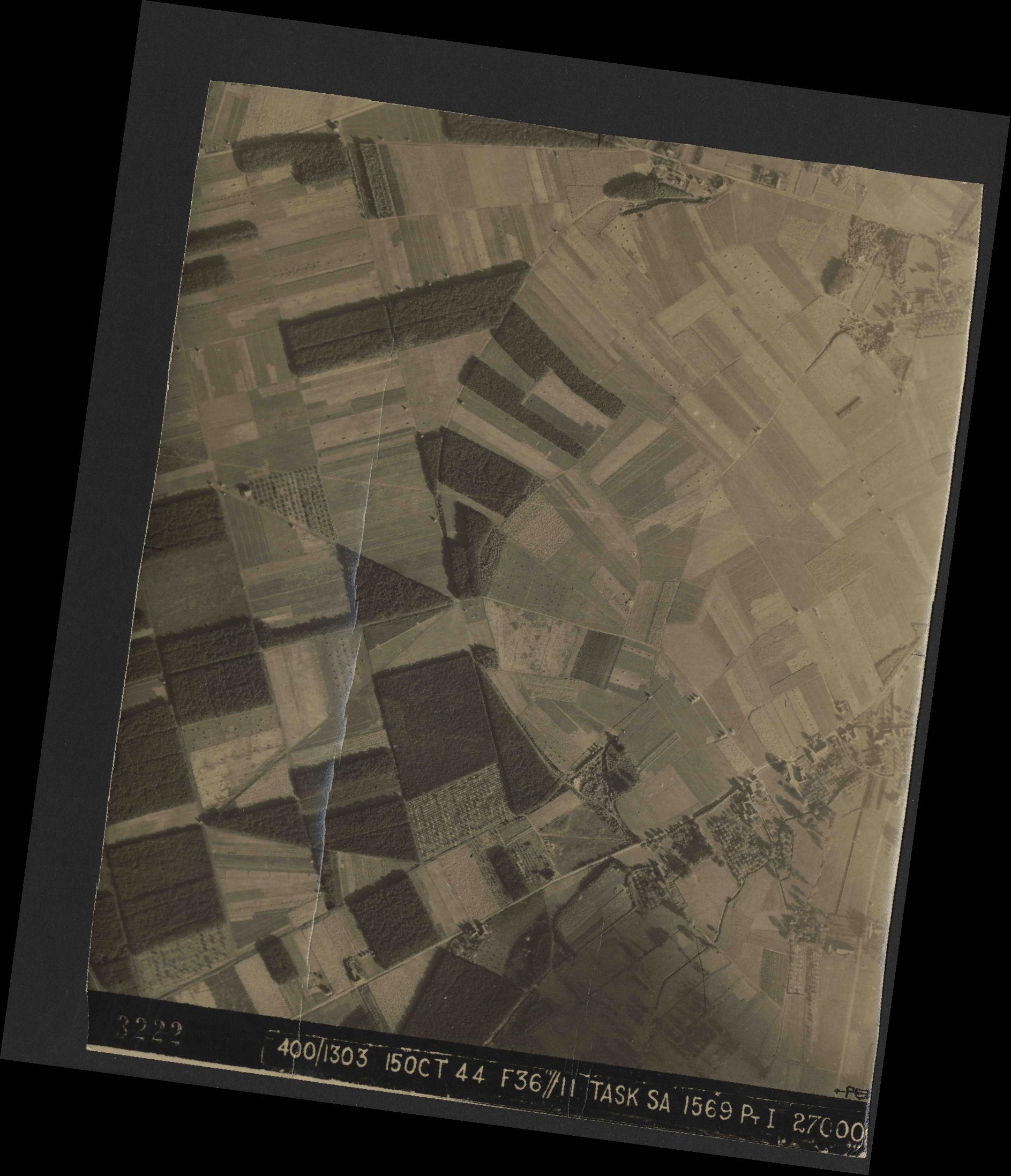 Collection RAF aerial photos 1940-1945 - flight 178, run 21, photo 3222