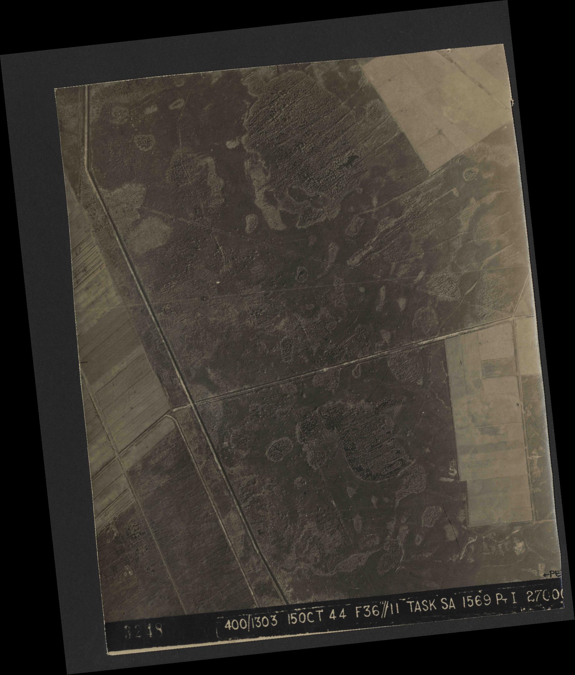 Collection RAF aerial photos 1940-1945 - flight 178, run 21, photo 3248