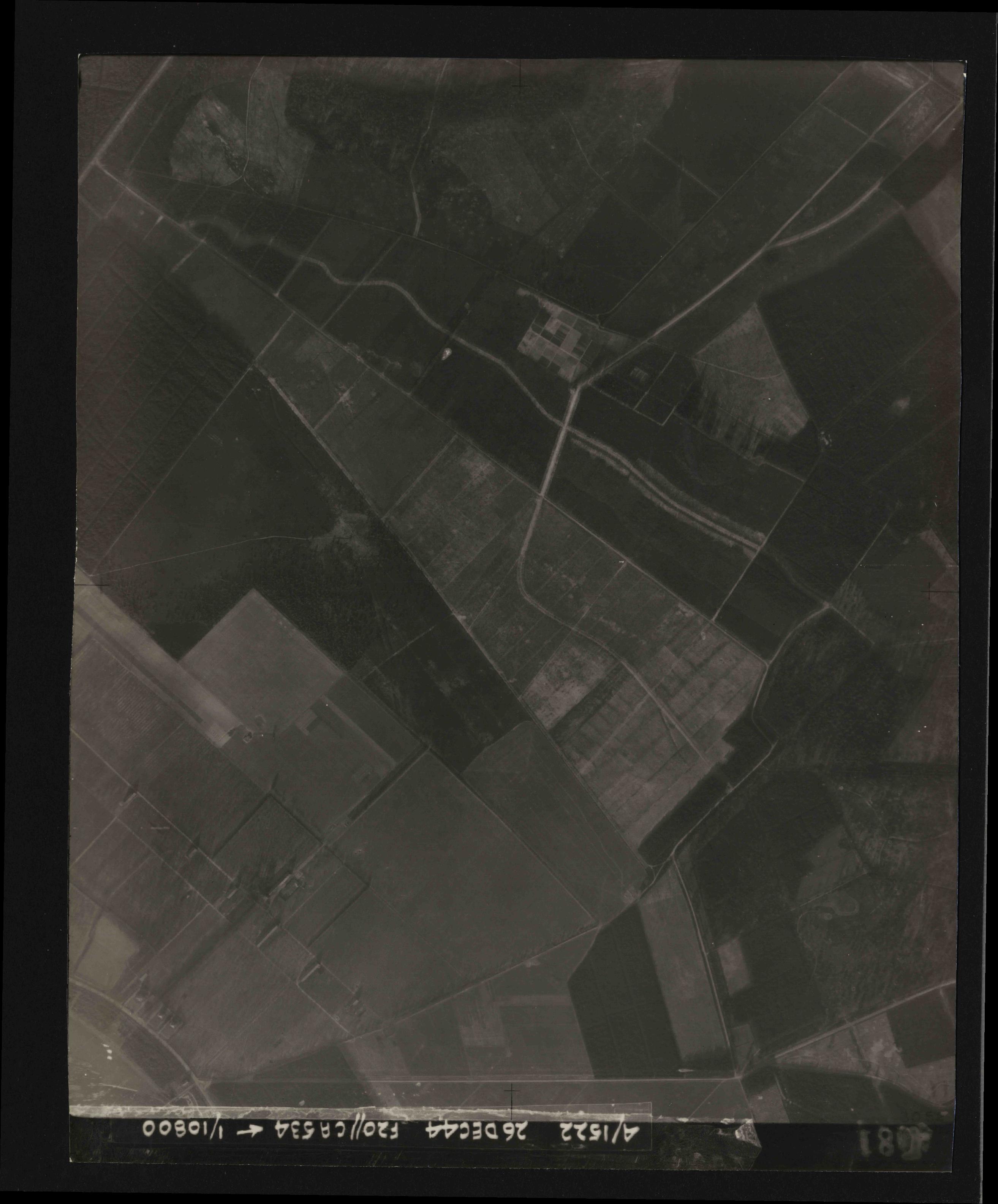 Collection RAF aerial photos 1940-1945 - flight 181, run 07, photo 4081