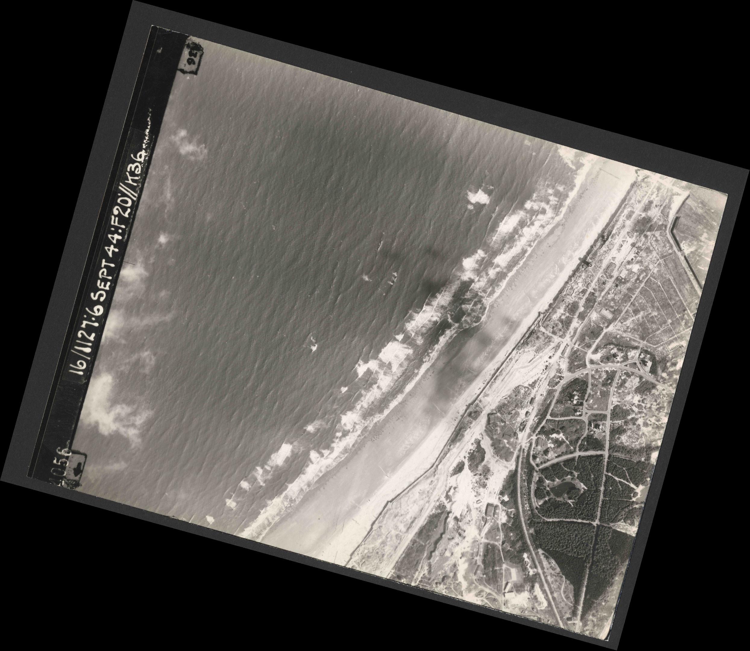 Collection RAF aerial photos 1940-1945 - flight 189, run 04, photo 4056