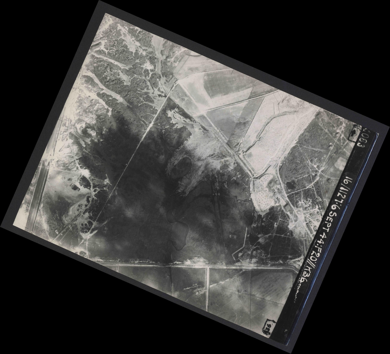 Collection RAF aerial photos 1940-1945 - flight 189, run 06, photo 4083
