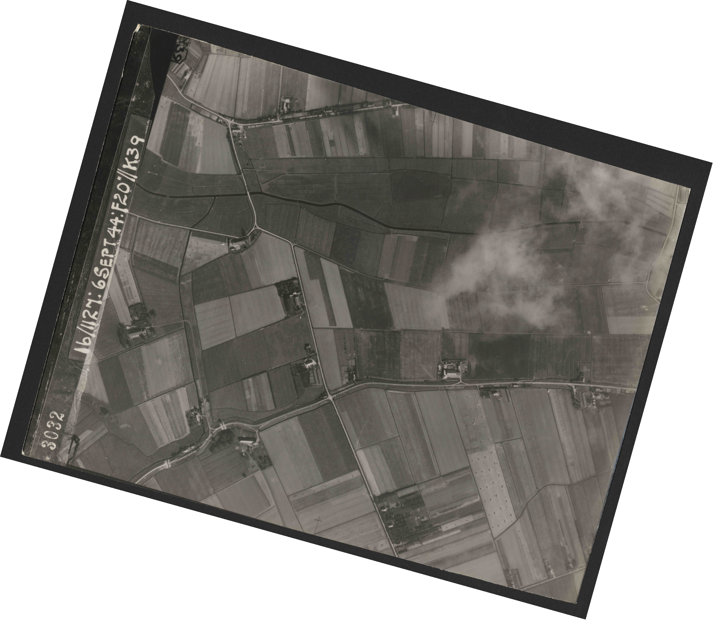 Collection RAF aerial photos 1940-1945 - flight 189, run 07, photo 3032