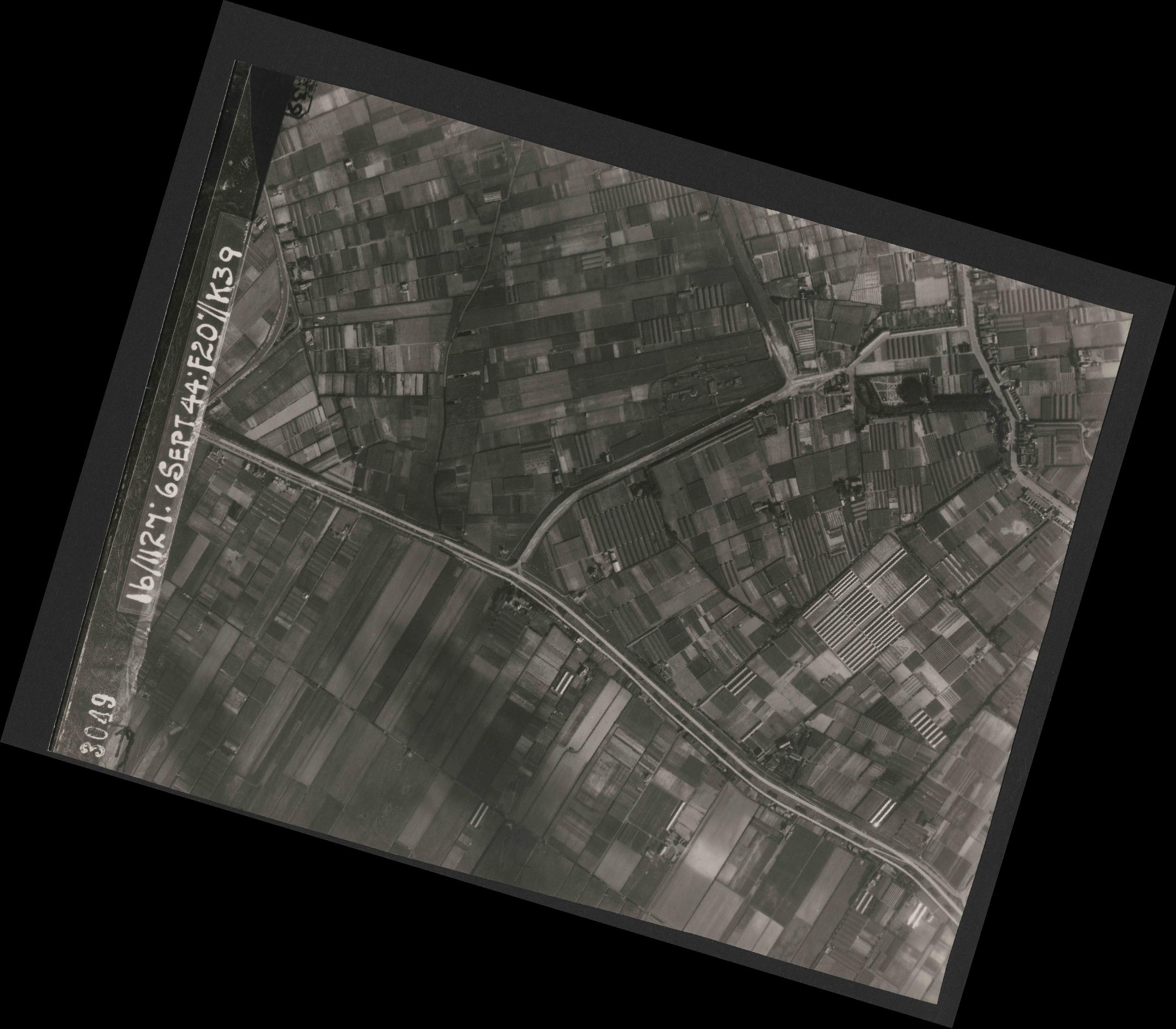 Collection RAF aerial photos 1940-1945 - flight 189, run 07, photo 3049