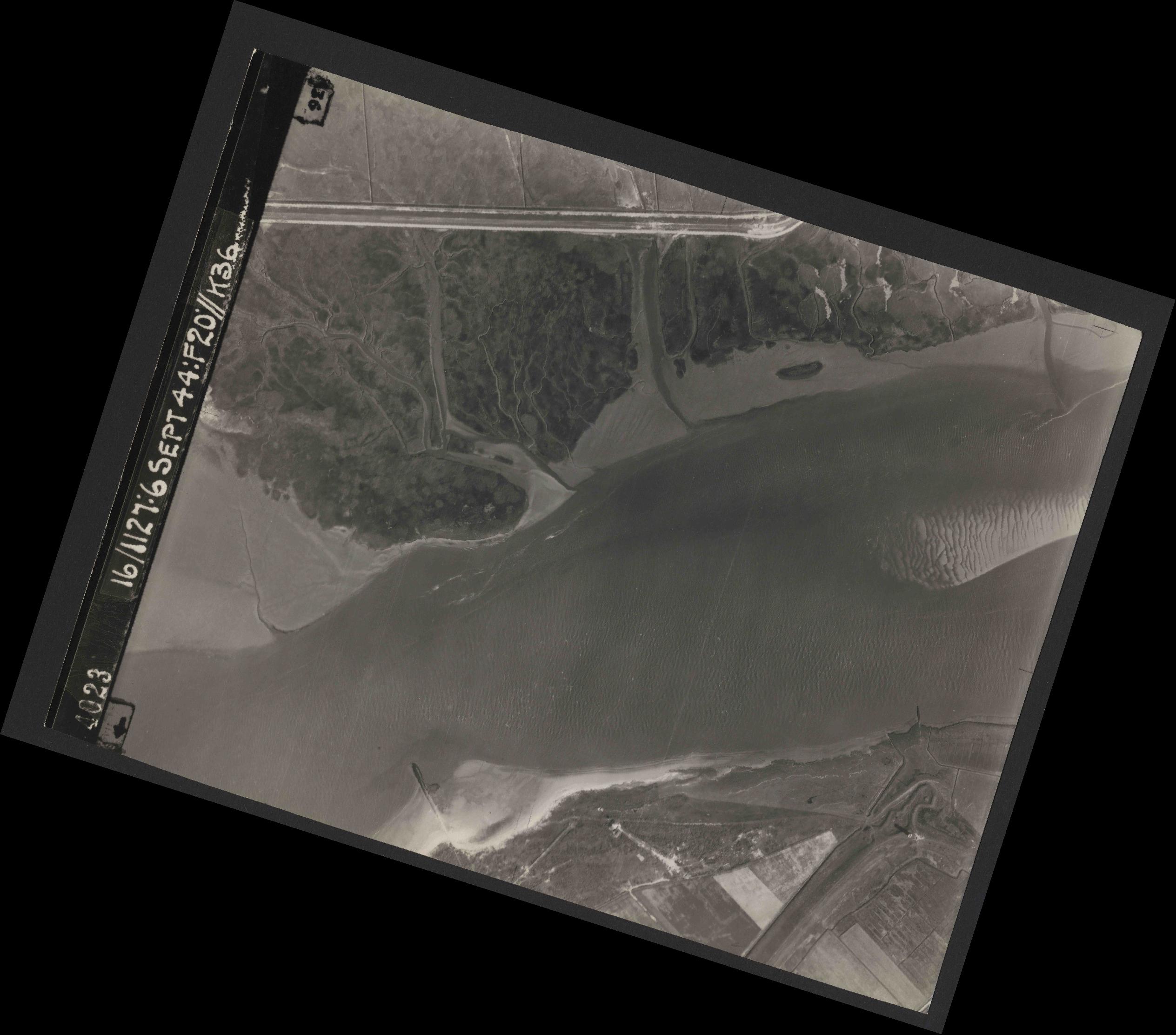 Collection RAF aerial photos 1940-1945 - flight 189, run 08, photo 4023