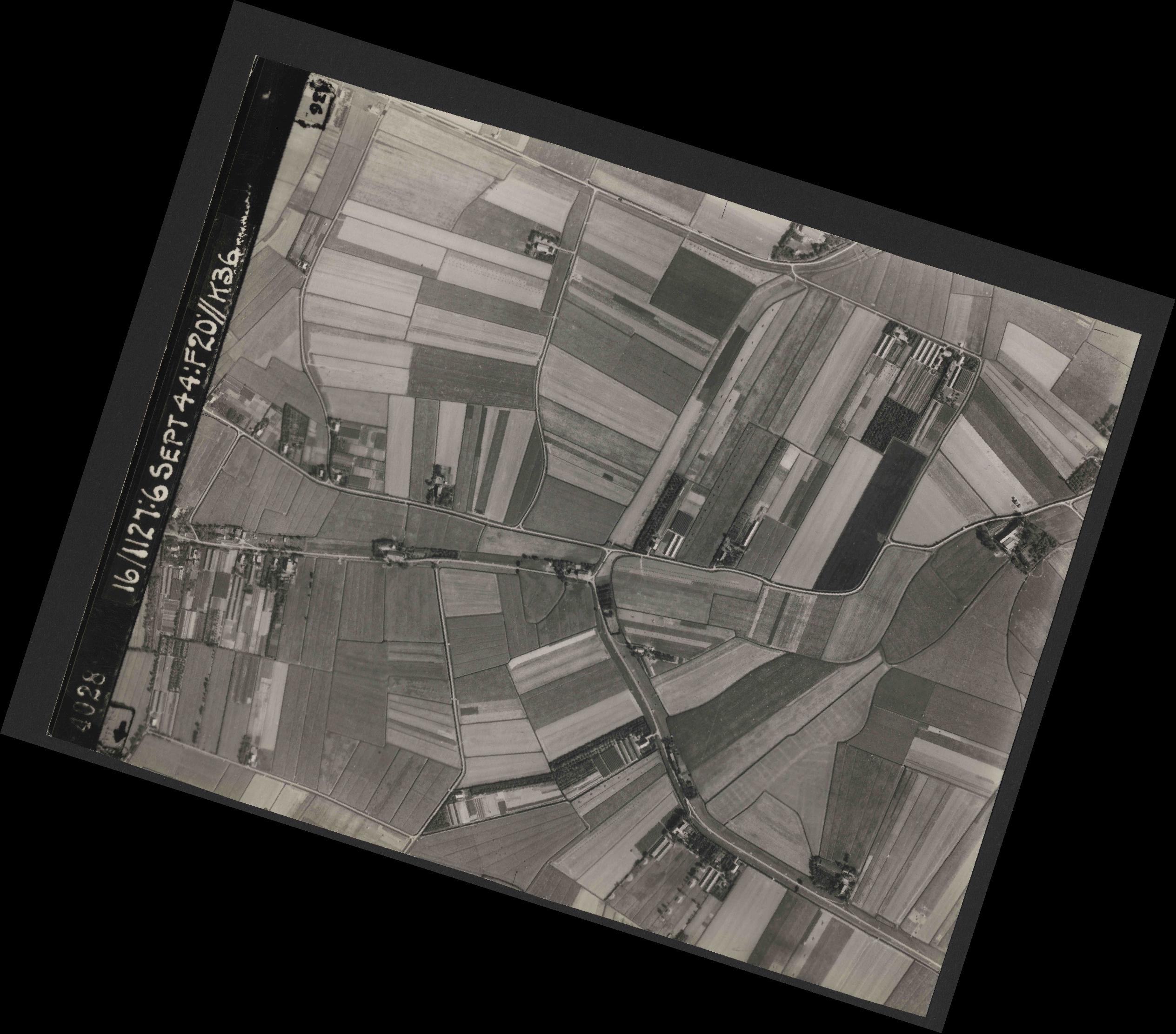 Collection RAF aerial photos 1940-1945 - flight 189, run 08, photo 4028