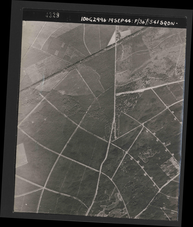 Collection RAF aerial photos 1940-1945 - flight 193, run 01, photo 4329