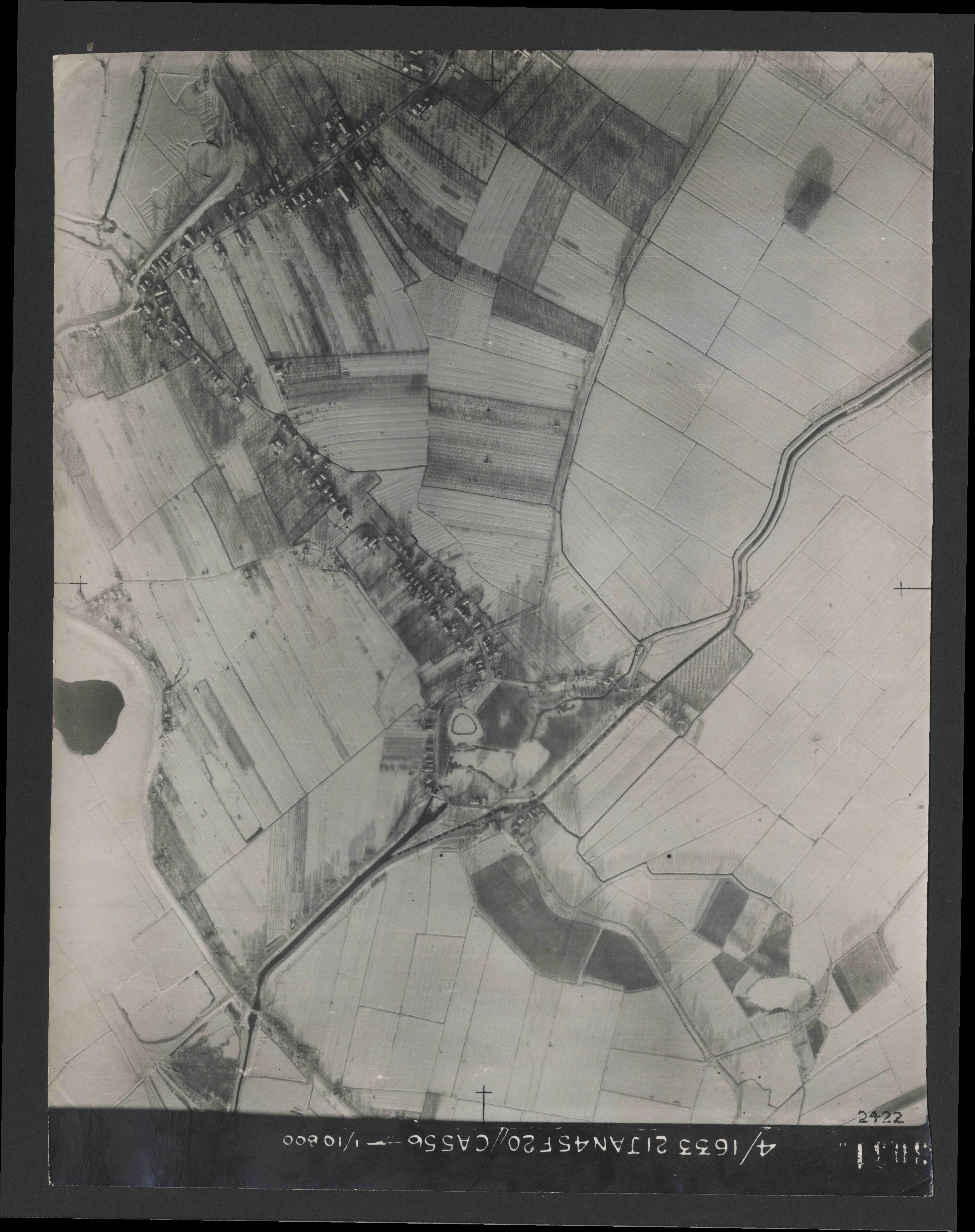 Collection RAF aerial photos 1940-1945 - flight 202, run 05, photo 3031