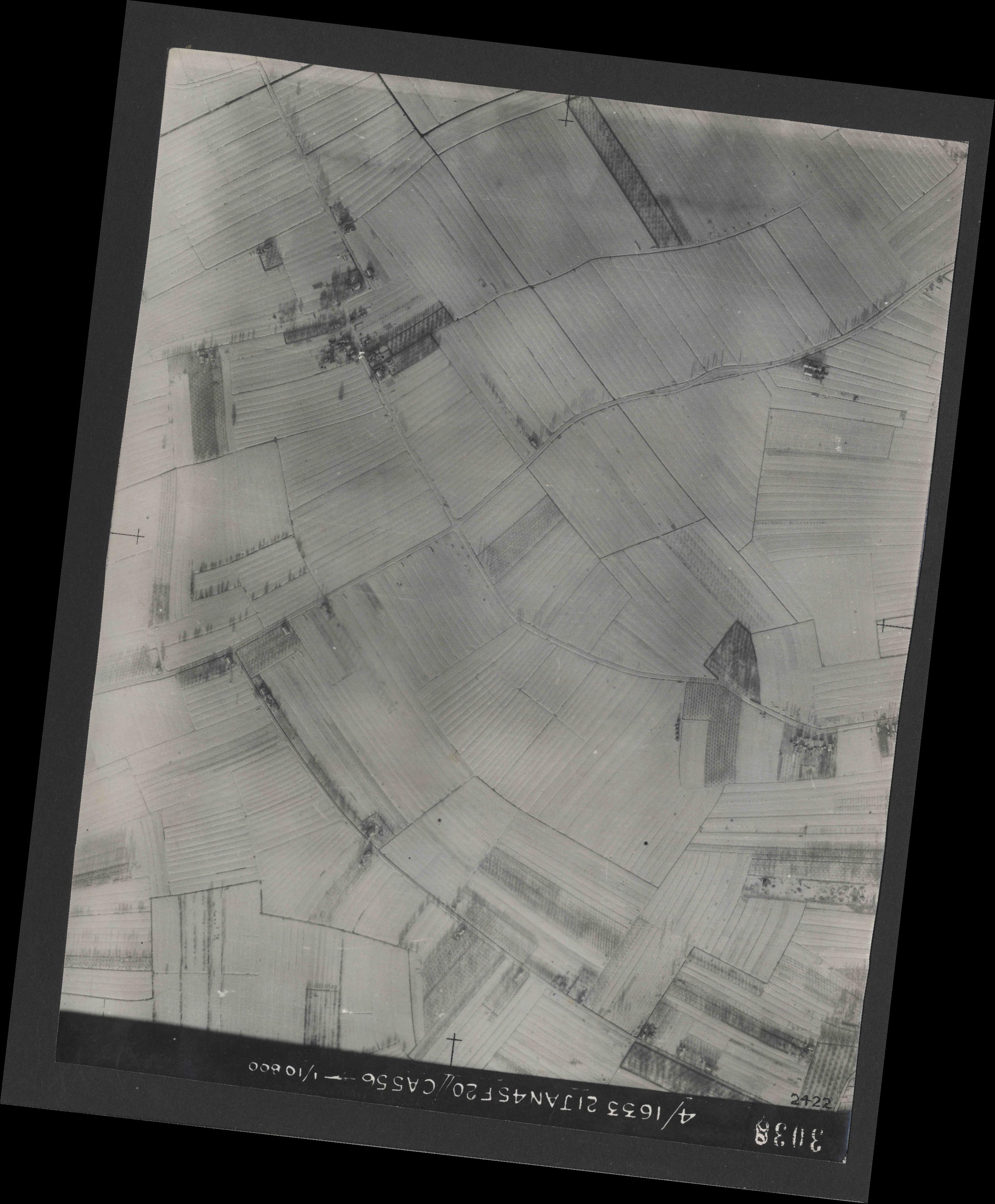 Collection RAF aerial photos 1940-1945 - flight 202, run 05, photo 3038