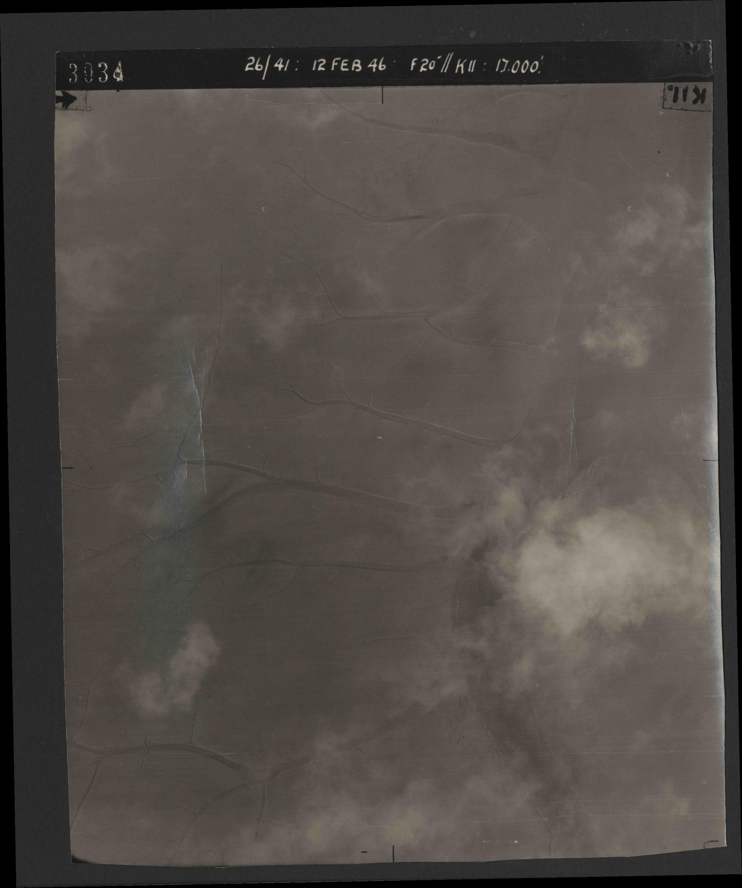 Collection RAF aerial photos 1940-1945 - flight 212, run 07, photo 3034