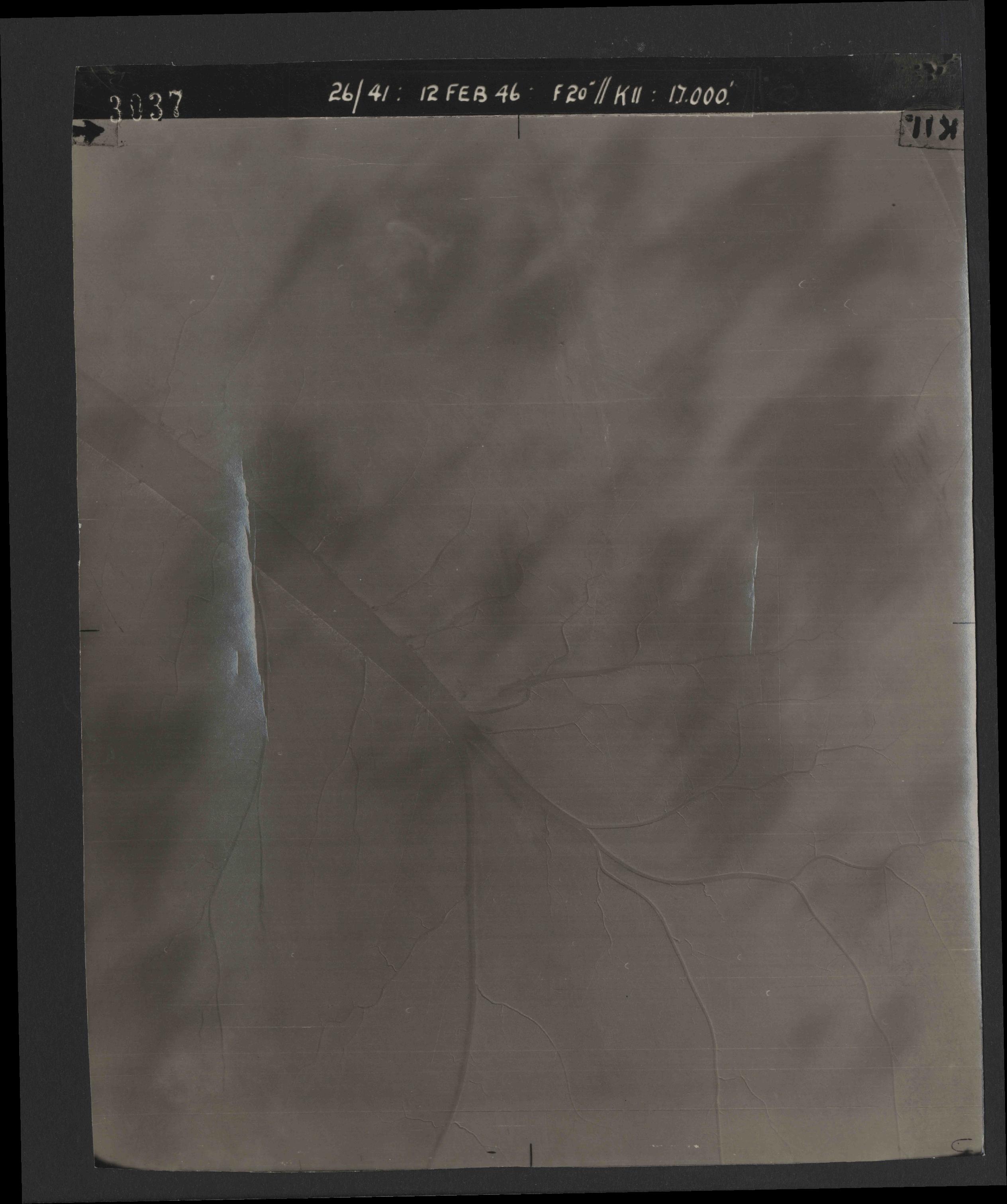 Collection RAF aerial photos 1940-1945 - flight 212, run 07, photo 3037