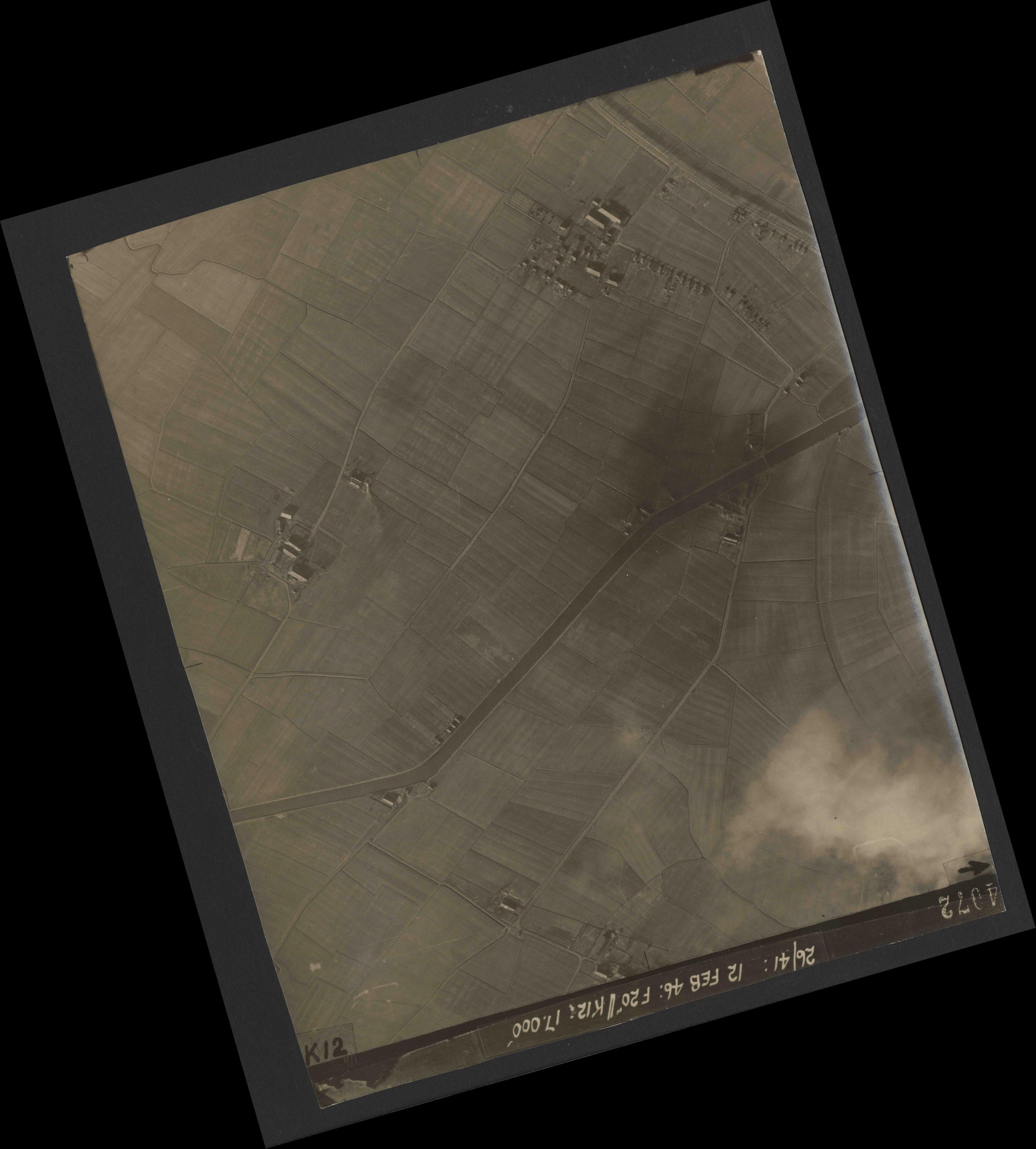 Collection RAF aerial photos 1940-1945 - flight 212, run 08, photo 4072