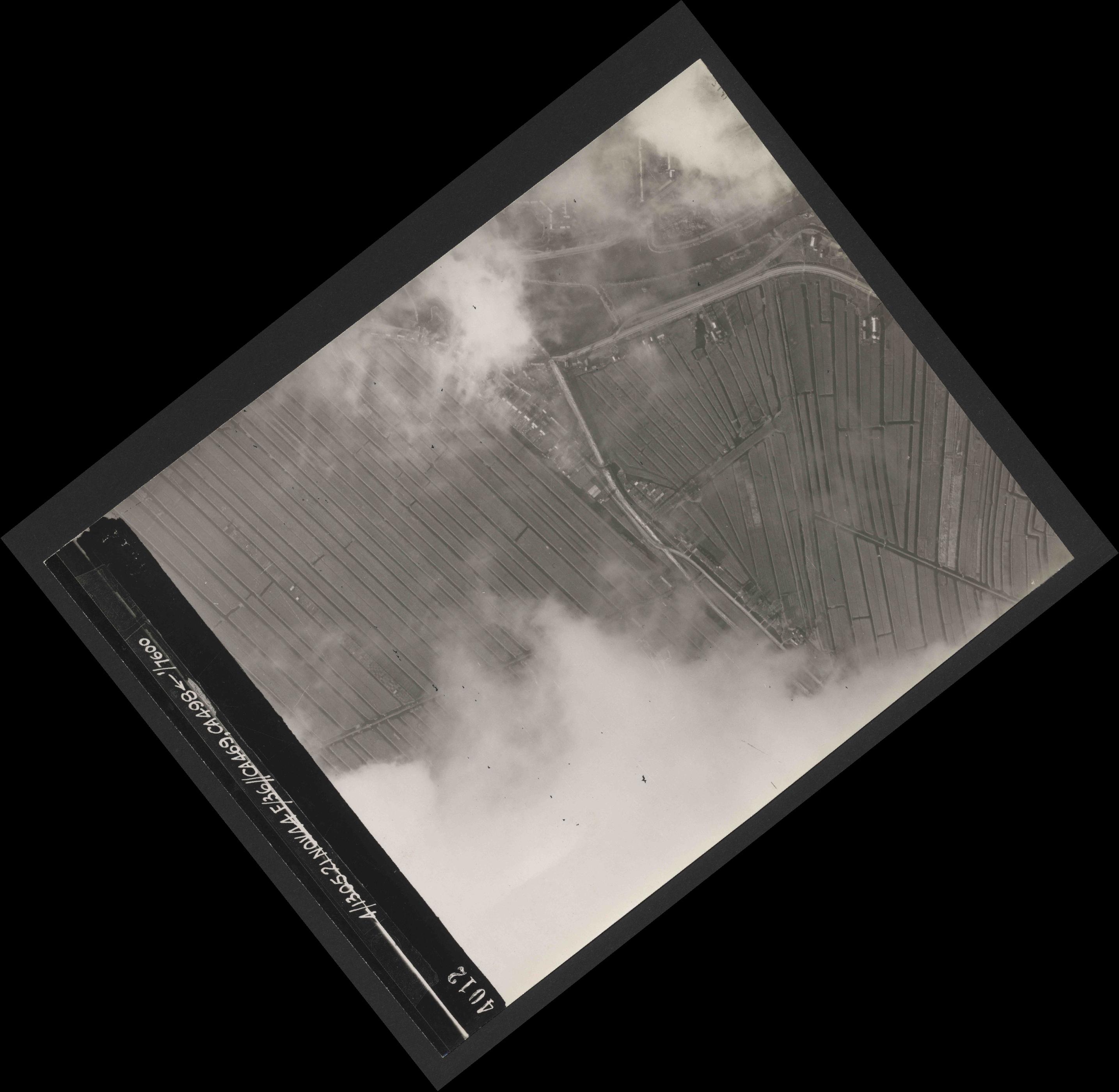 Collection RAF aerial photos 1940-1945 - flight 237, run 12, photo 4012
