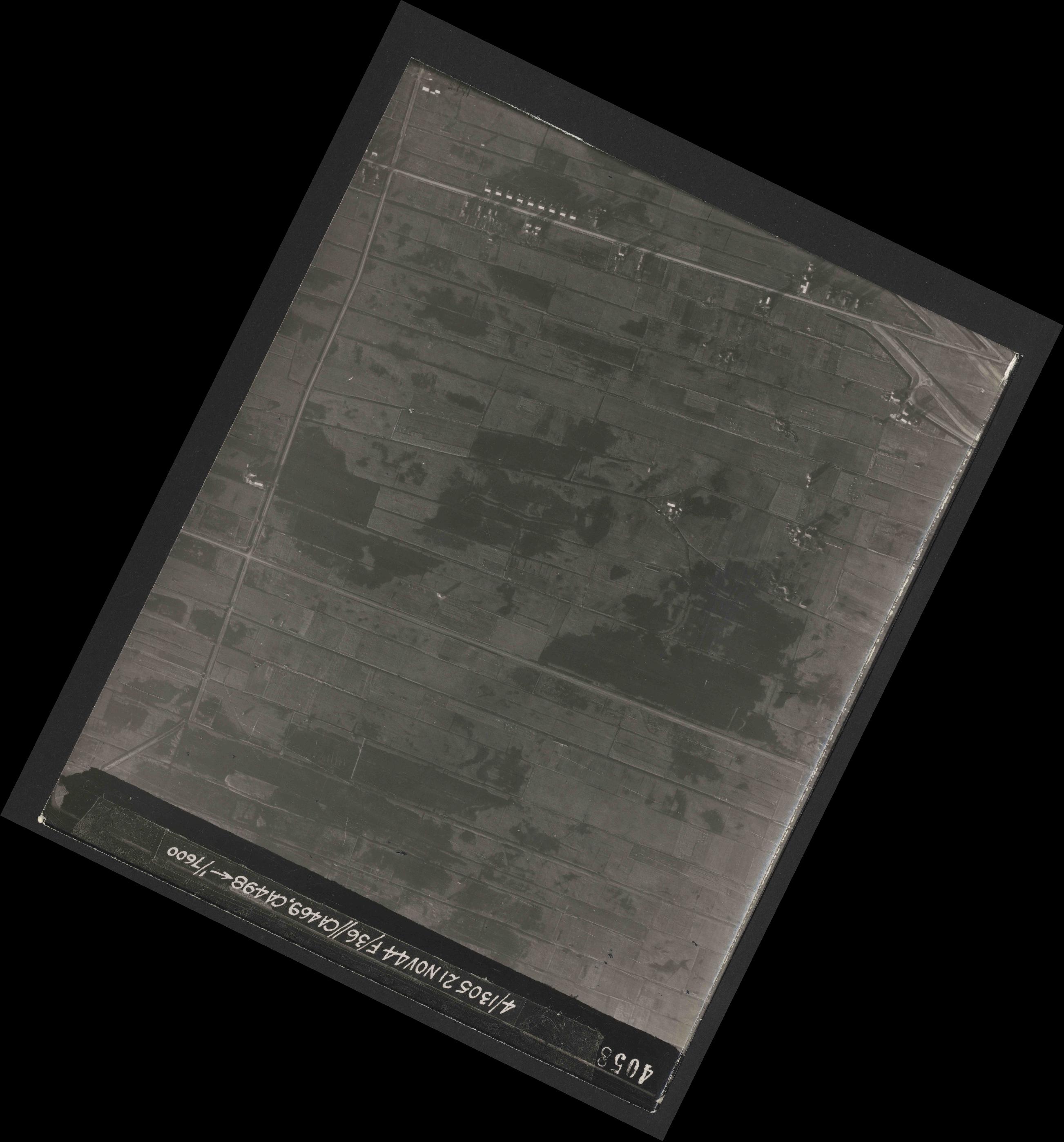 Collection RAF aerial photos 1940-1945 - flight 237, run 16, photo 4058
