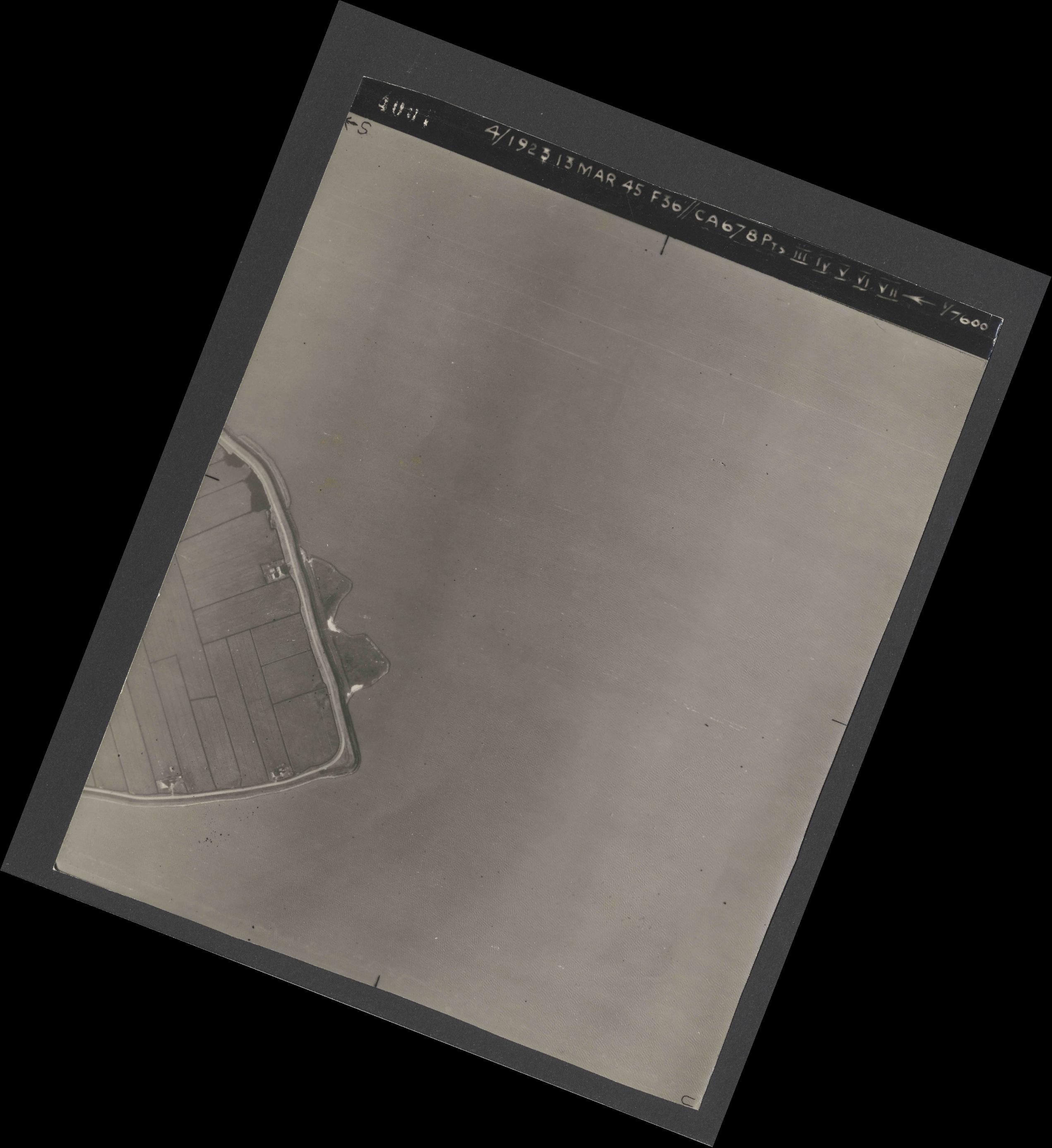 Collection RAF aerial photos 1940-1945 - flight 245, run 07, photo 4001