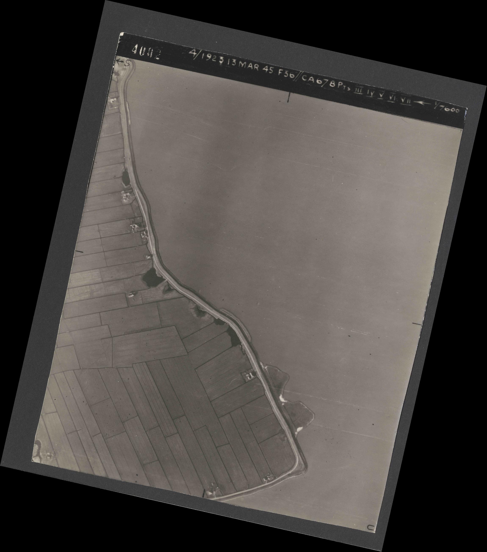Collection RAF aerial photos 1940-1945 - flight 245, run 07, photo 4002