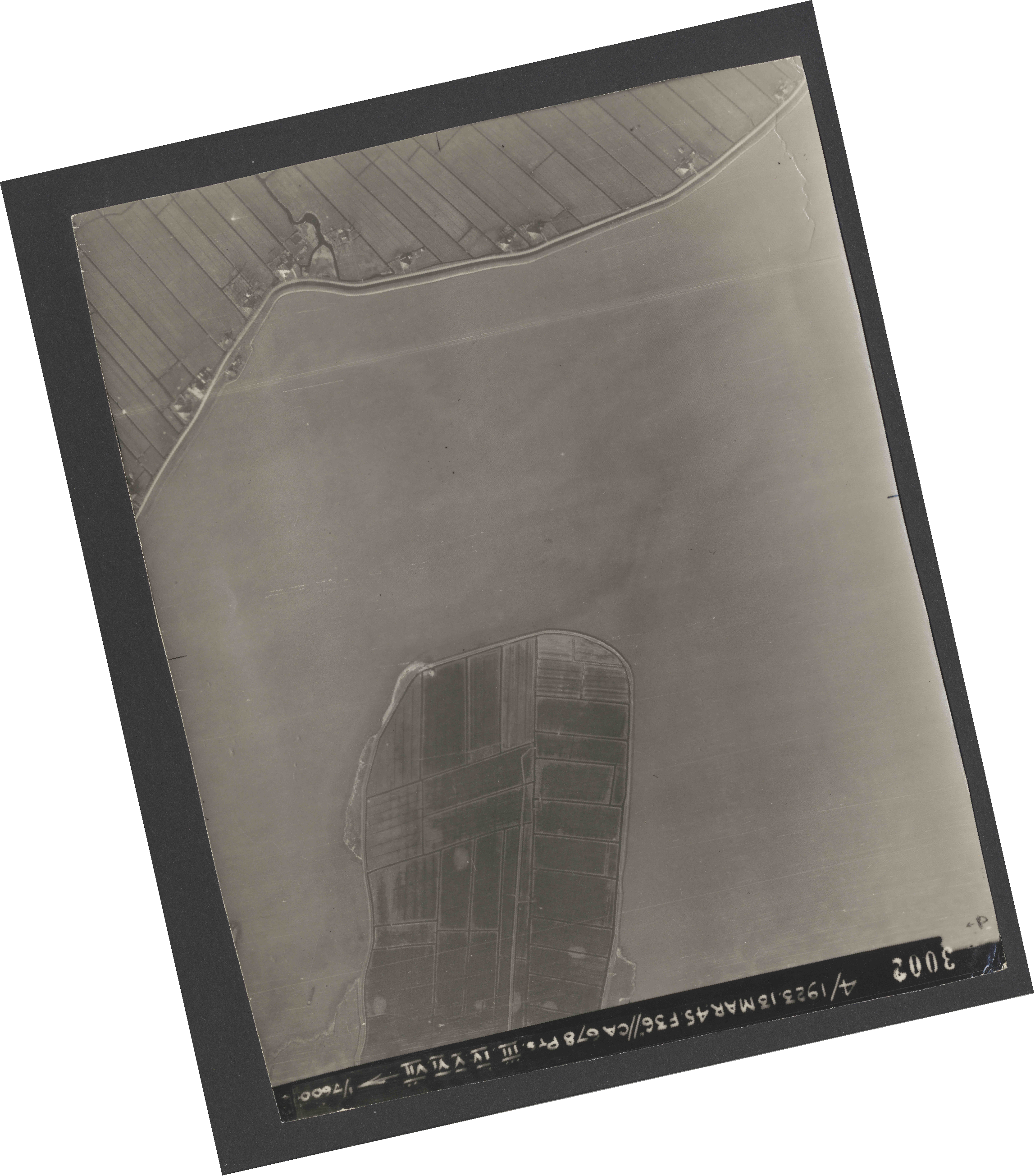 Collection RAF aerial photos 1940-1945 - flight 245, run 08, photo 3002