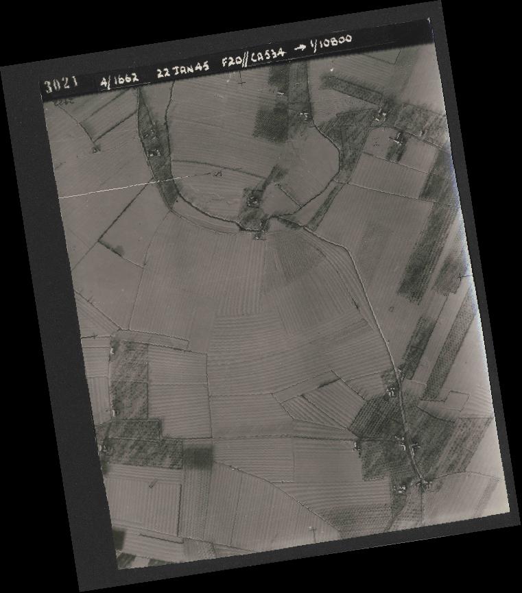 Collection RAF aerial photos 1940-1945 - flight 276, run 06, photo 3021
