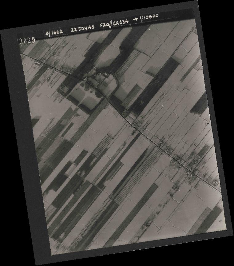 Collection RAF aerial photos 1940-1945 - flight 276, run 06, photo 3029