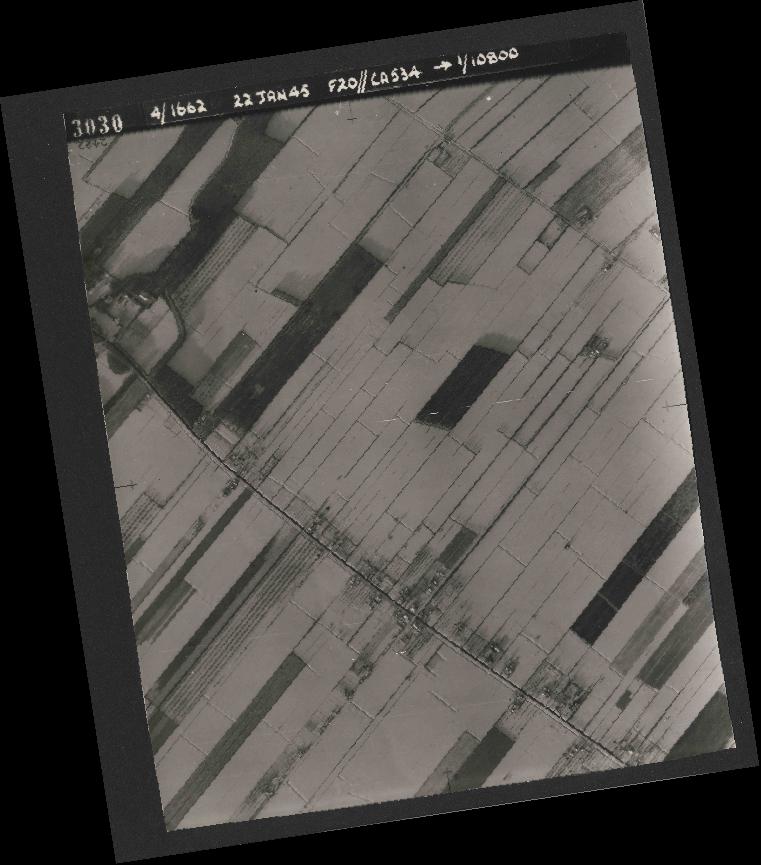Collection RAF aerial photos 1940-1945 - flight 276, run 06, photo 3030