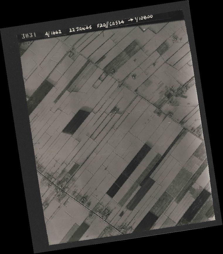 Collection RAF aerial photos 1940-1945 - flight 276, run 06, photo 3031