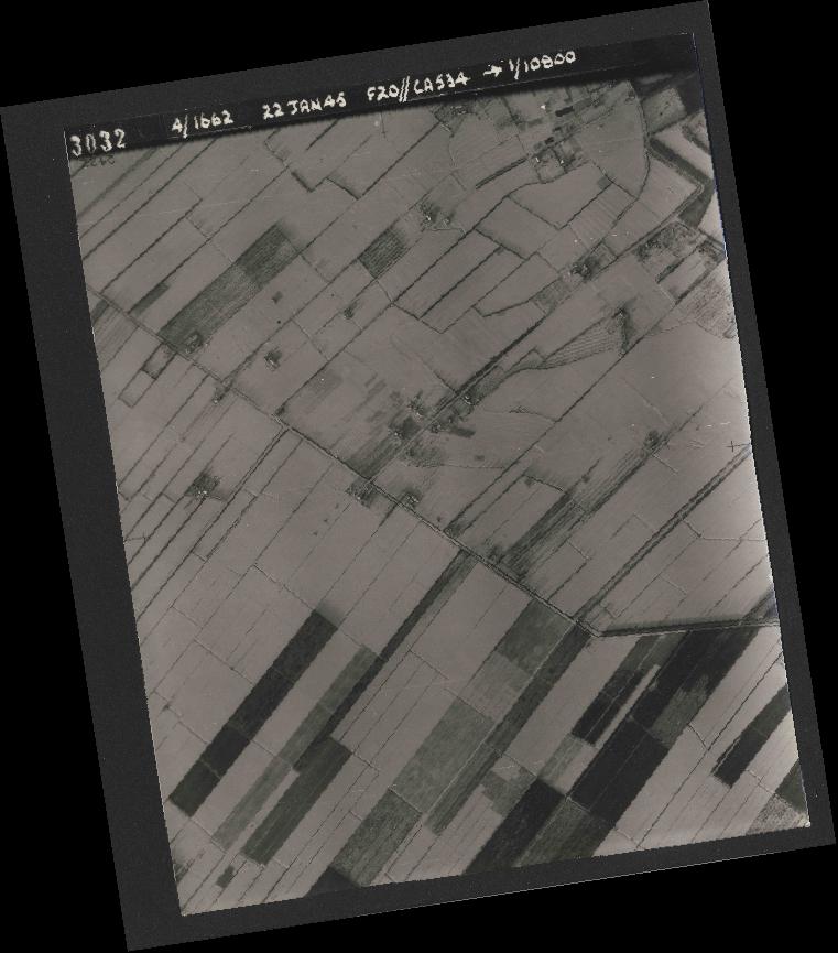 Collection RAF aerial photos 1940-1945 - flight 276, run 06, photo 3032