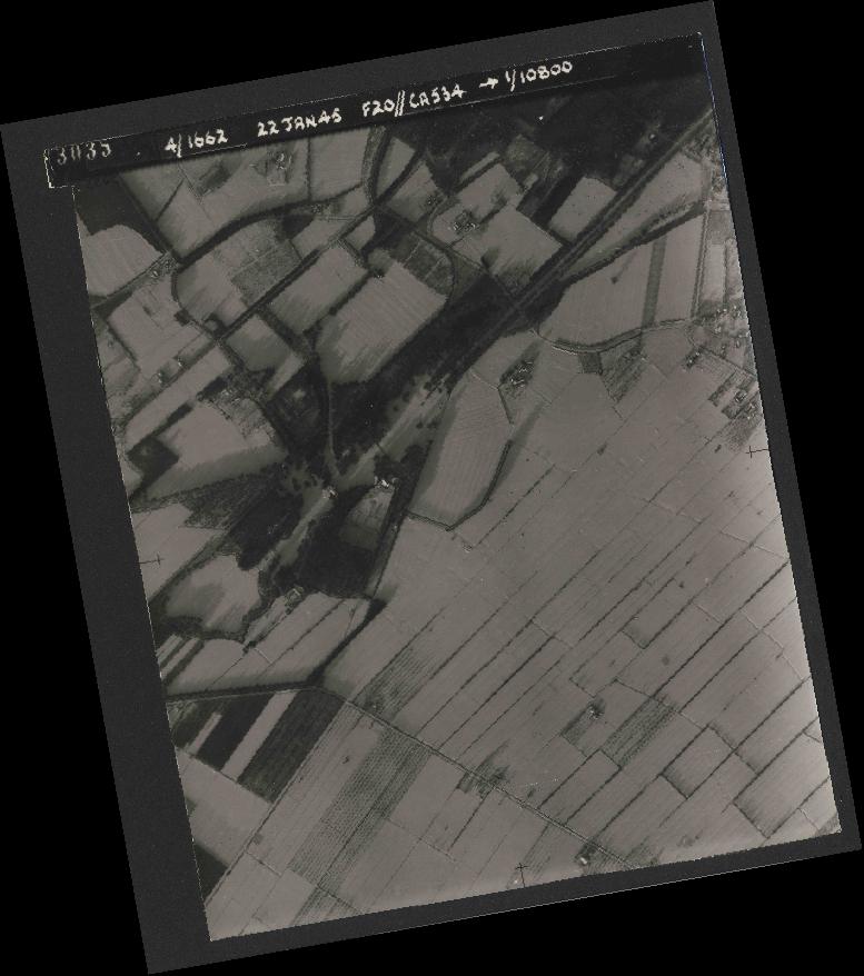 Collection RAF aerial photos 1940-1945 - flight 276, run 06, photo 3035