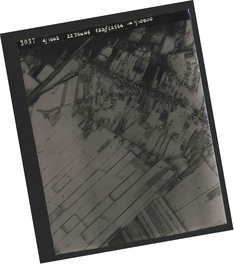 Collection RAF aerial photos 1940-1945 - flight 276, run 06, photo 3037
