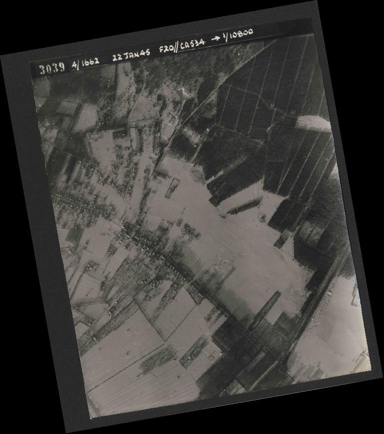 Collection RAF aerial photos 1940-1945 - flight 276, run 06, photo 3039