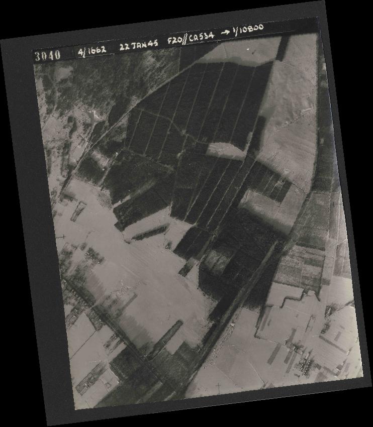 Collection RAF aerial photos 1940-1945 - flight 276, run 06, photo 3040
