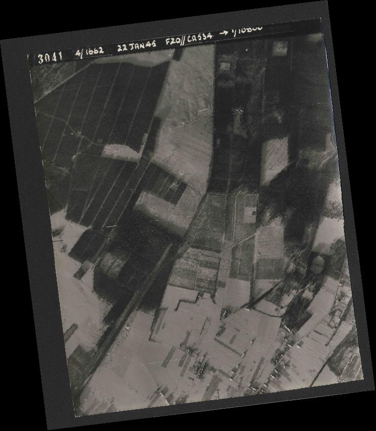 Collection RAF aerial photos 1940-1945 - flight 276, run 06, photo 3041