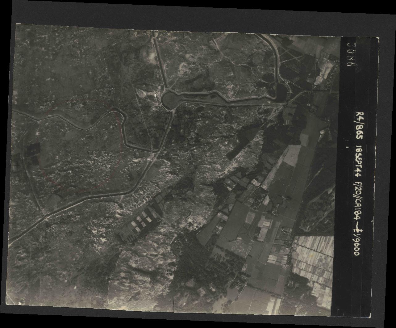 Collection RAF aerial photos 1940-1945 - flight 280, run 08, photo 3086