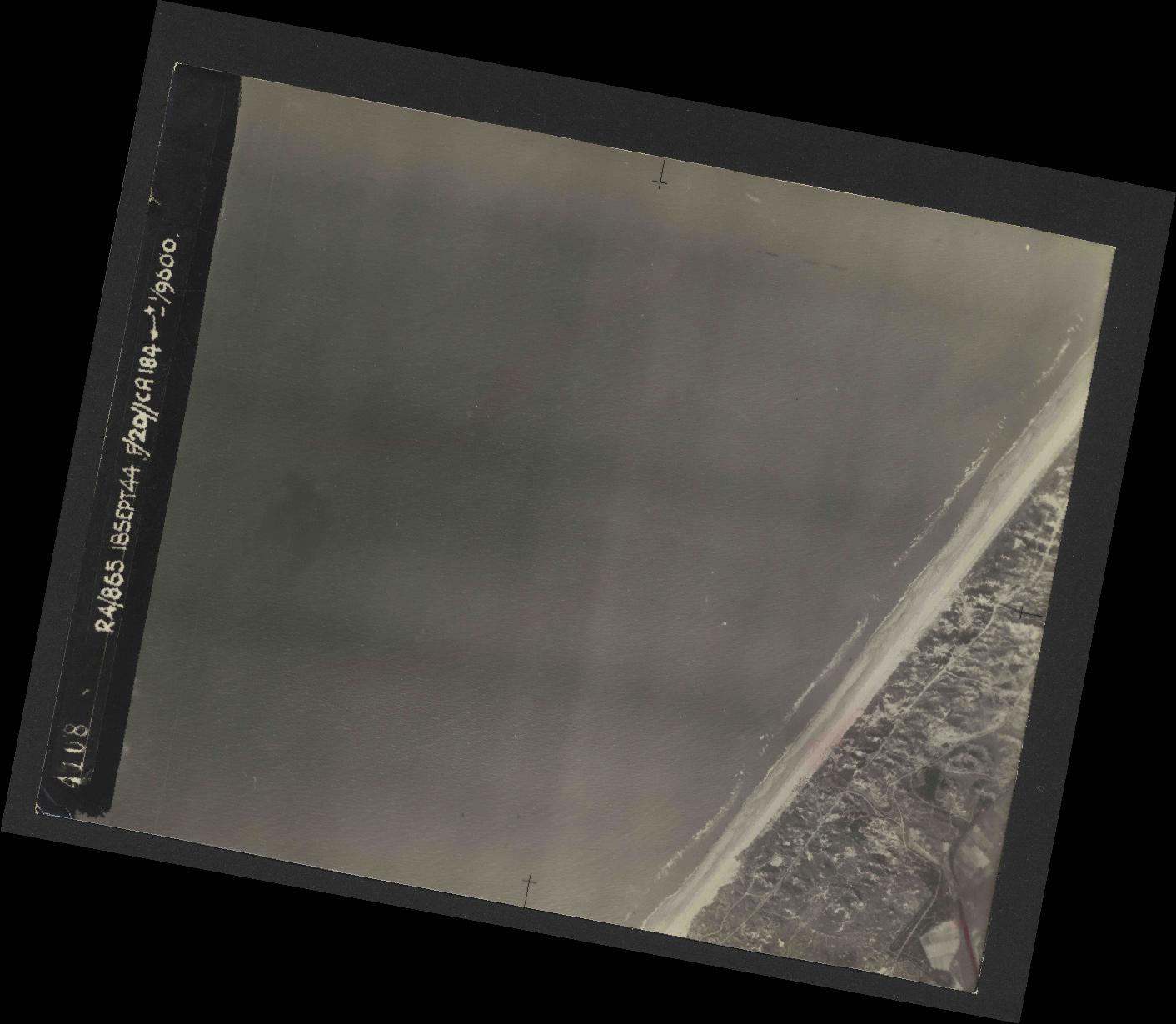 Collection RAF aerial photos 1940-1945 - flight 280, run 11, photo 4108