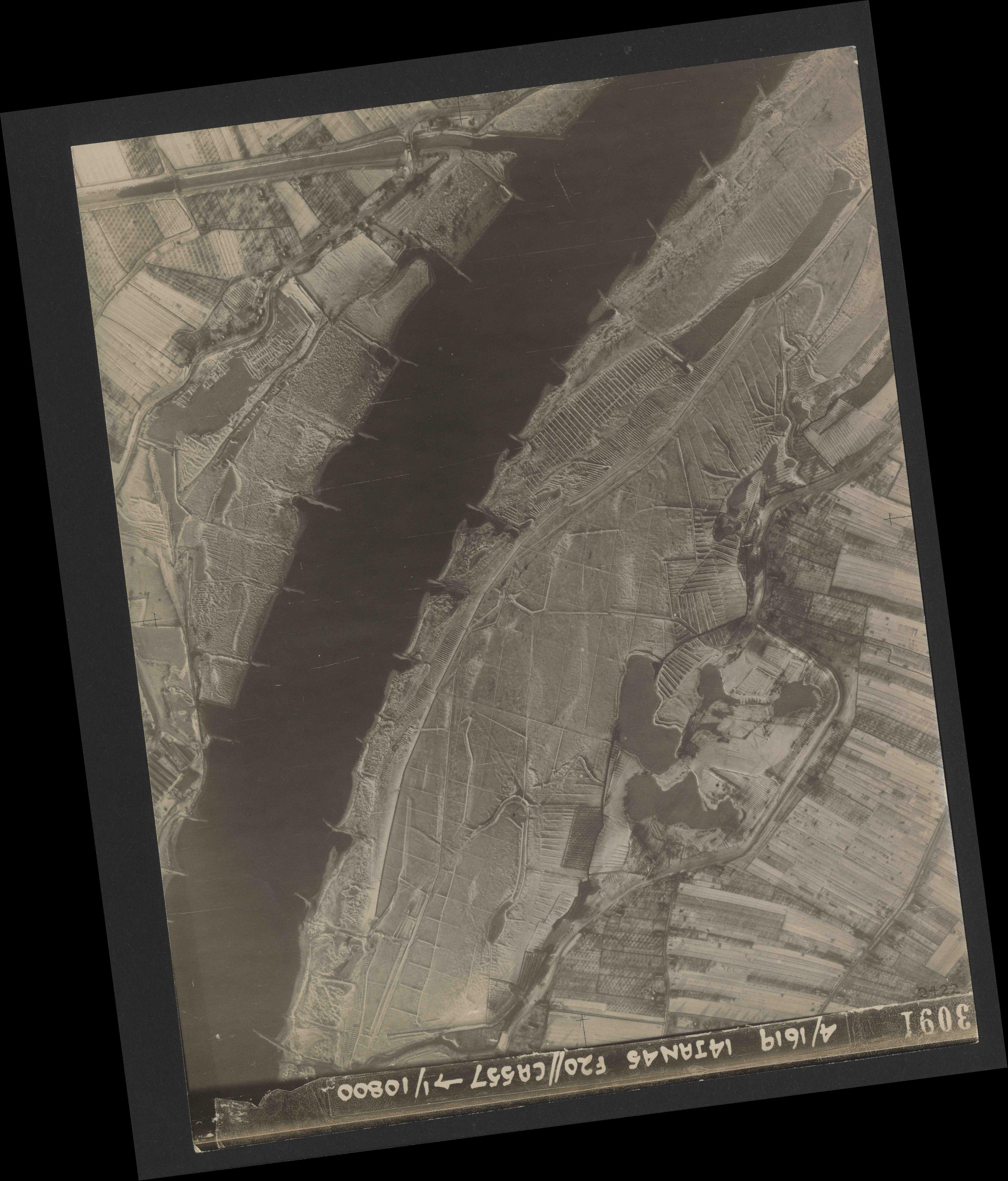 Collection RAF aerial photos 1940-1945 - flight 291, run 04, photo 3091
