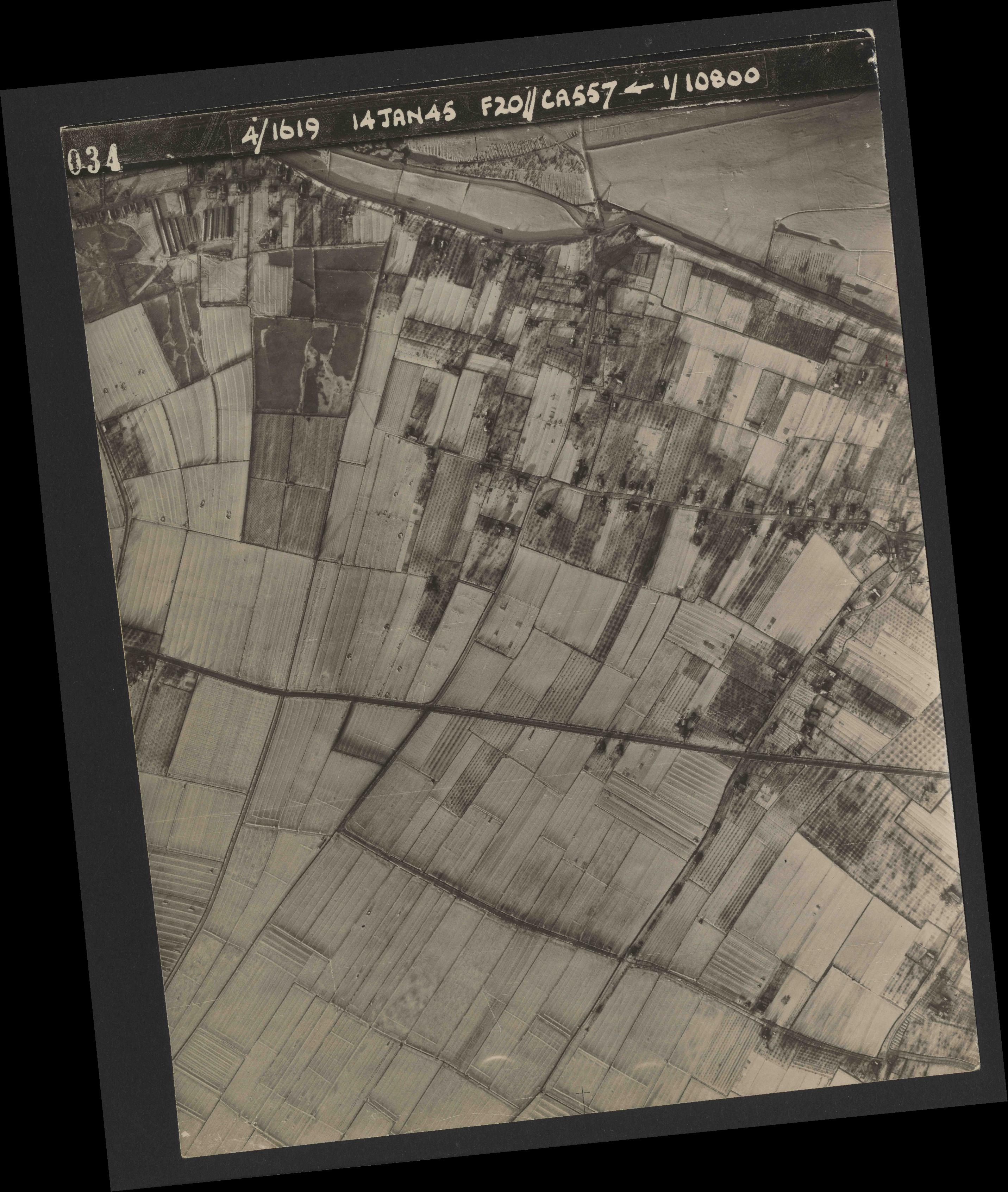 Collection RAF aerial photos 1940-1945 - flight 291, run 05, photo 4034