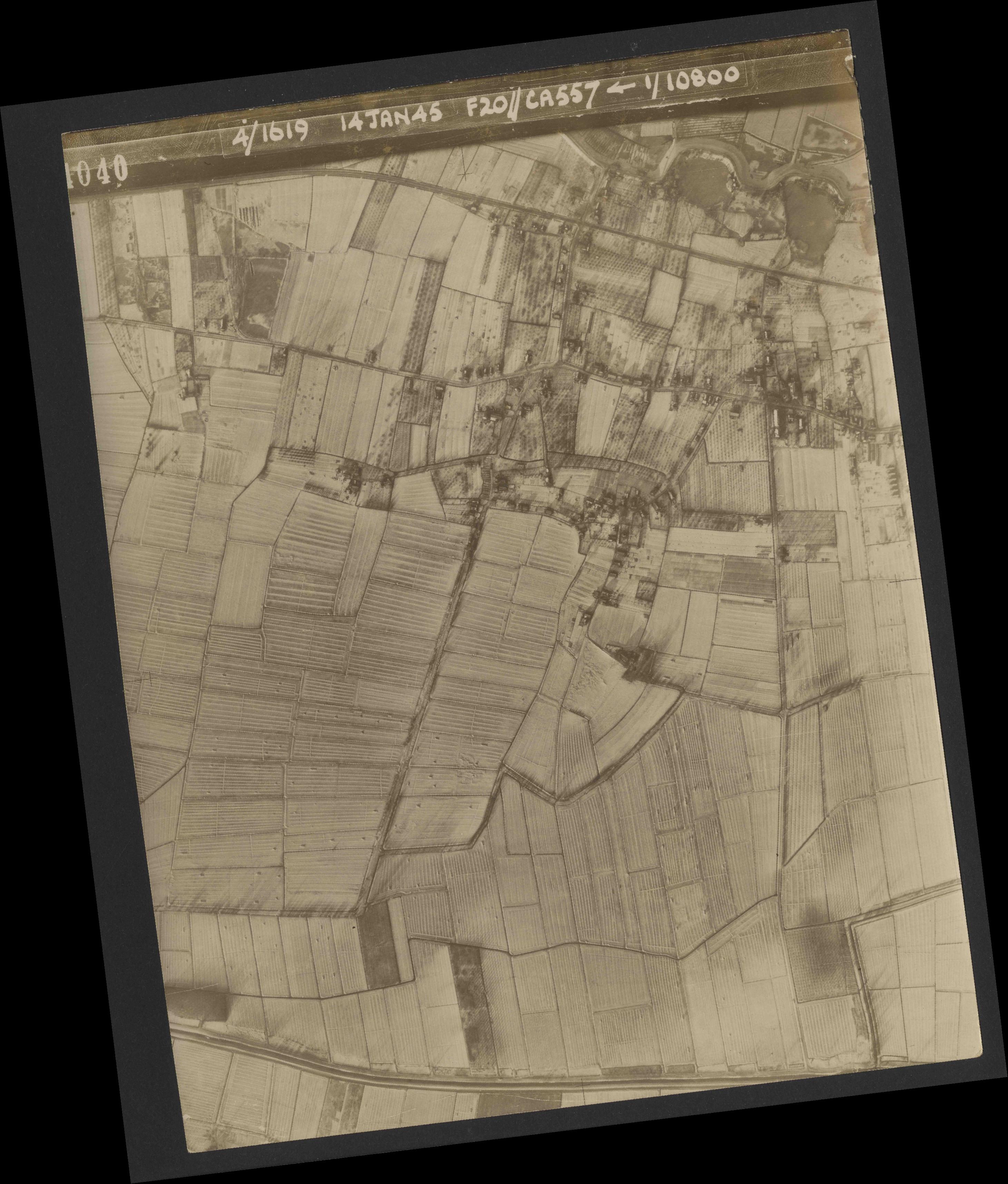 Collection RAF aerial photos 1940-1945 - flight 291, run 05, photo 4040