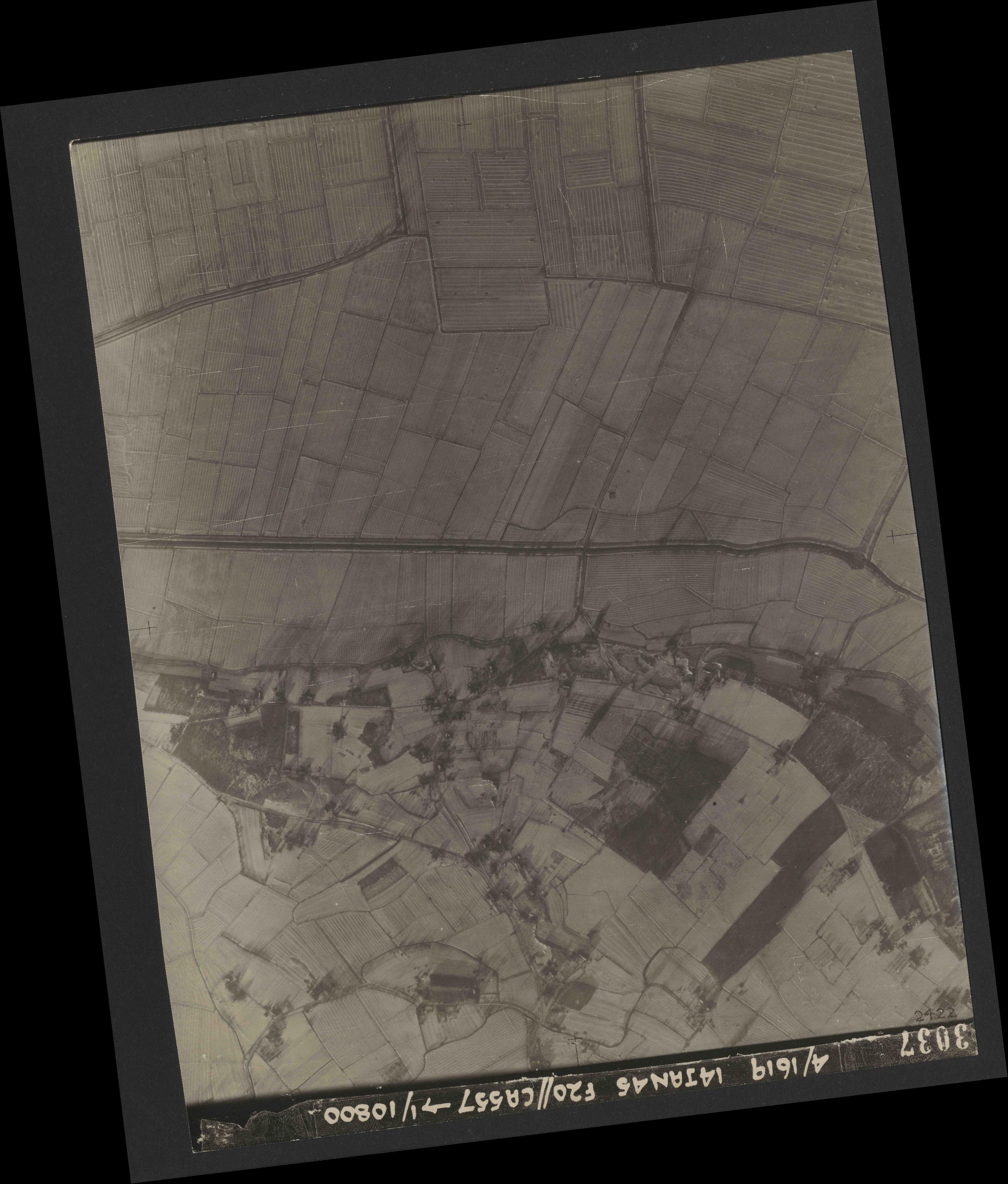 Collection RAF aerial photos 1940-1945 - flight 291, run 06, photo 3037